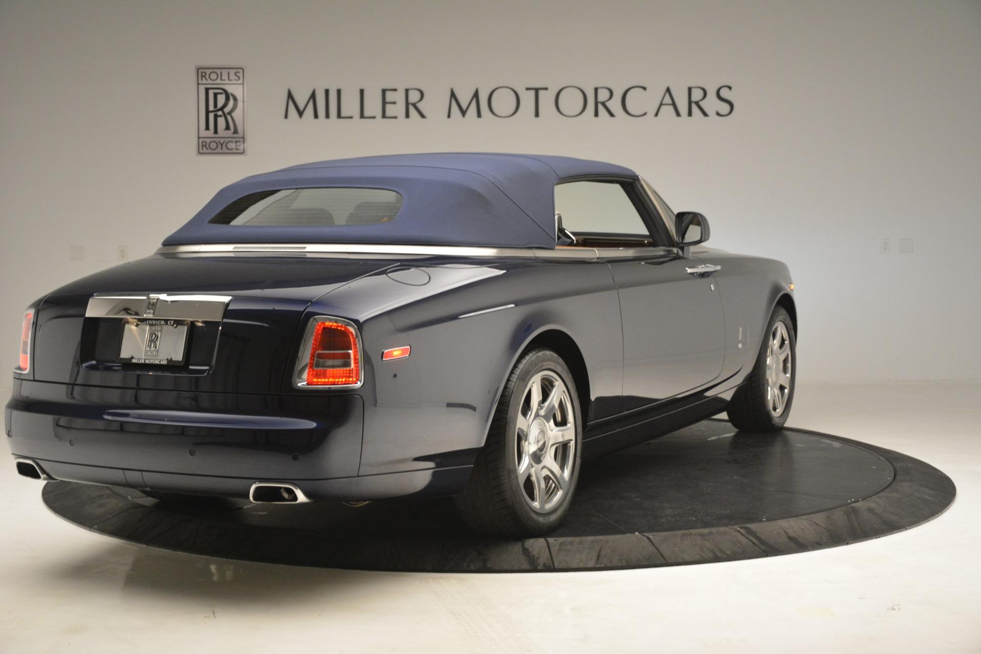 Used 2013 Rolls-Royce Phantom Drophead Coupe  For Sale In Westport, CT 2999_p24