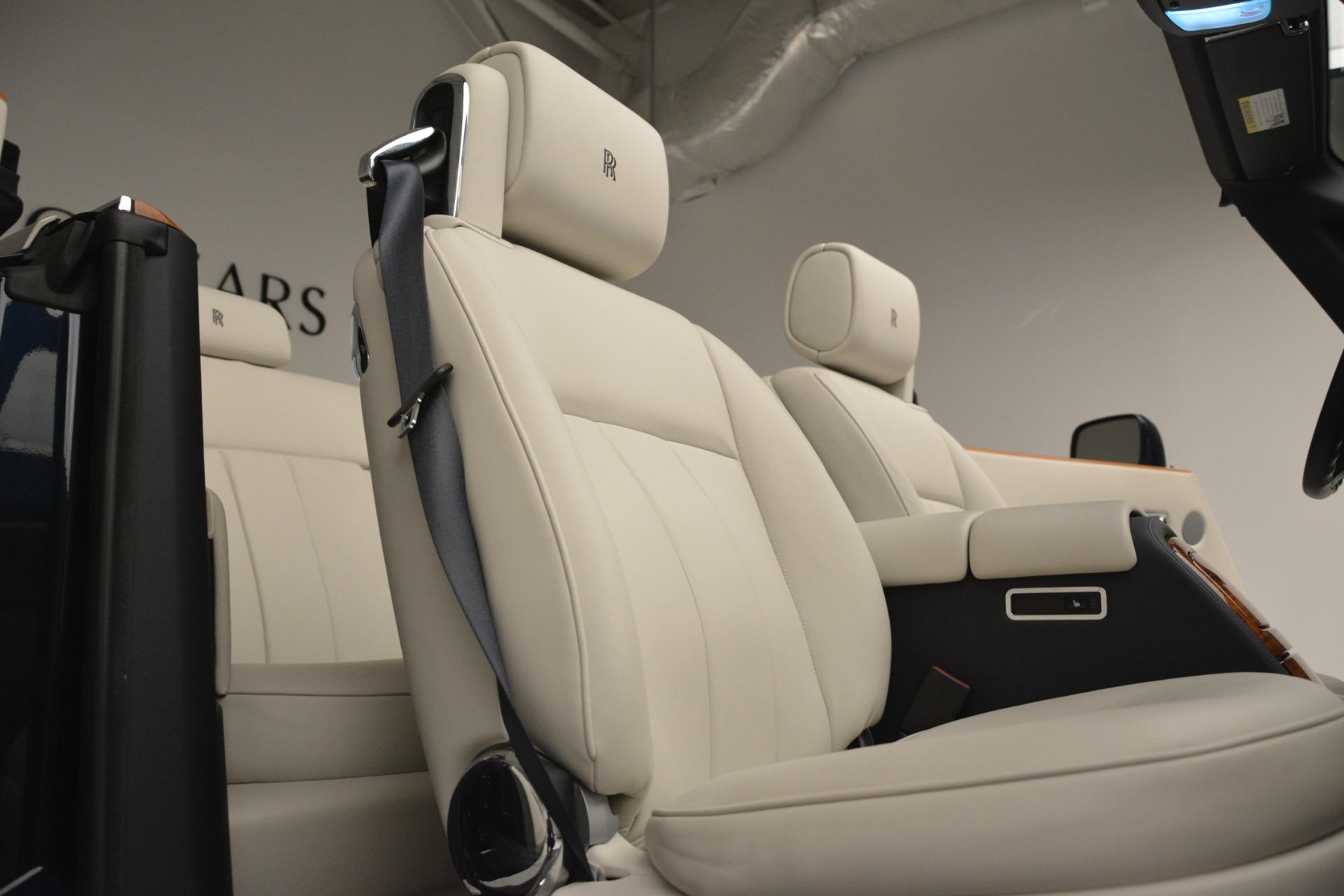 Used 2013 Rolls-Royce Phantom Drophead Coupe  For Sale In Westport, CT 2999_p37