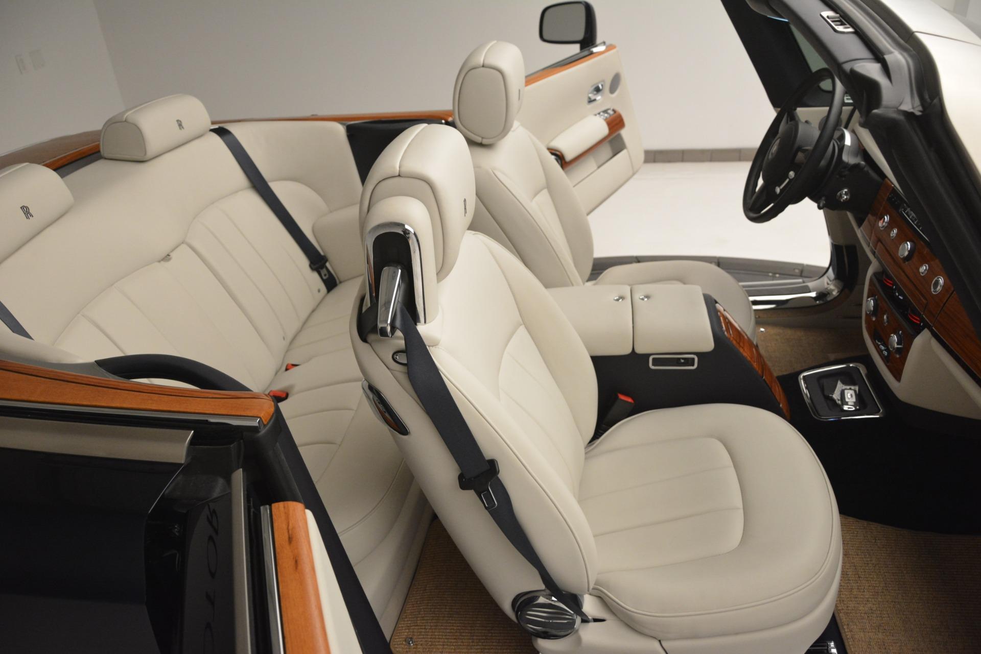 Used 2013 Rolls-Royce Phantom Drophead Coupe  For Sale In Westport, CT 2999_p38
