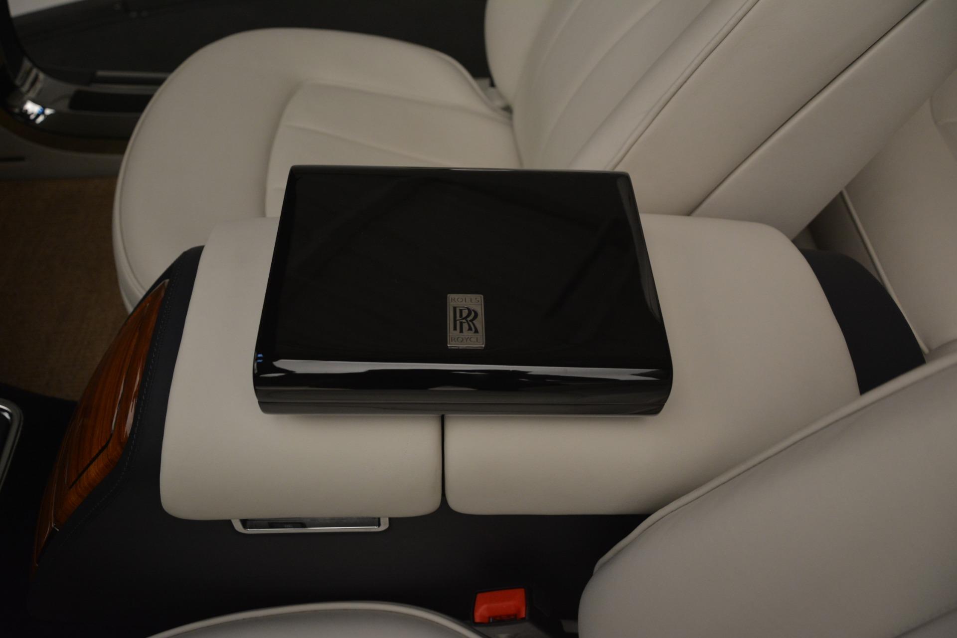 Used 2013 Rolls-Royce Phantom Drophead Coupe  For Sale In Westport, CT 2999_p42