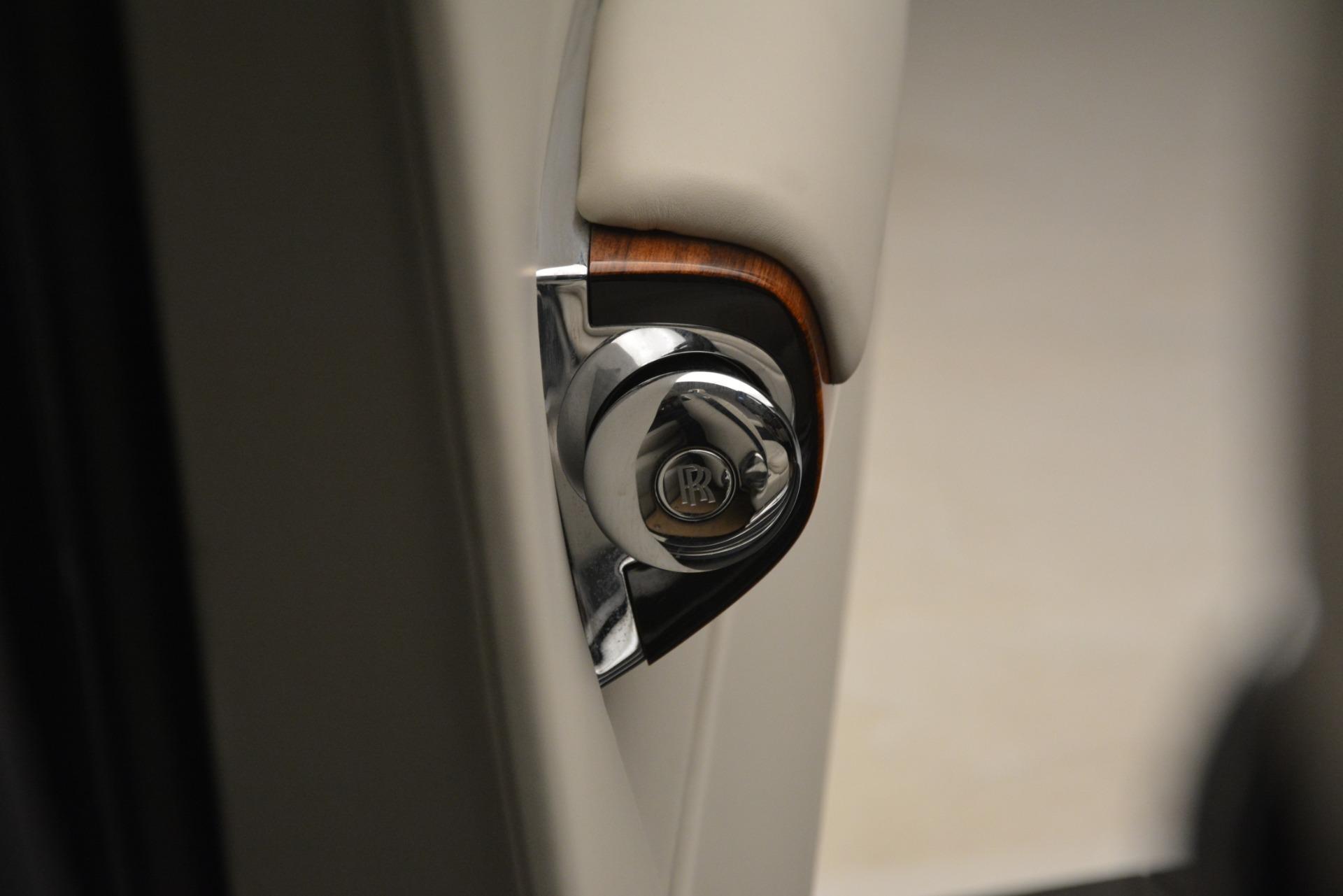 Used 2013 Rolls-Royce Phantom Drophead Coupe  For Sale In Westport, CT 2999_p45