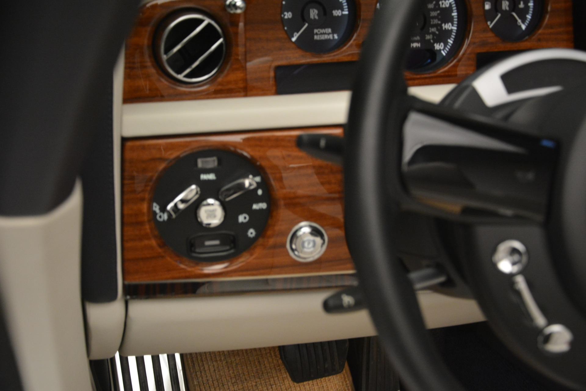 Used 2013 Rolls-Royce Phantom Drophead Coupe  For Sale In Westport, CT 2999_p51
