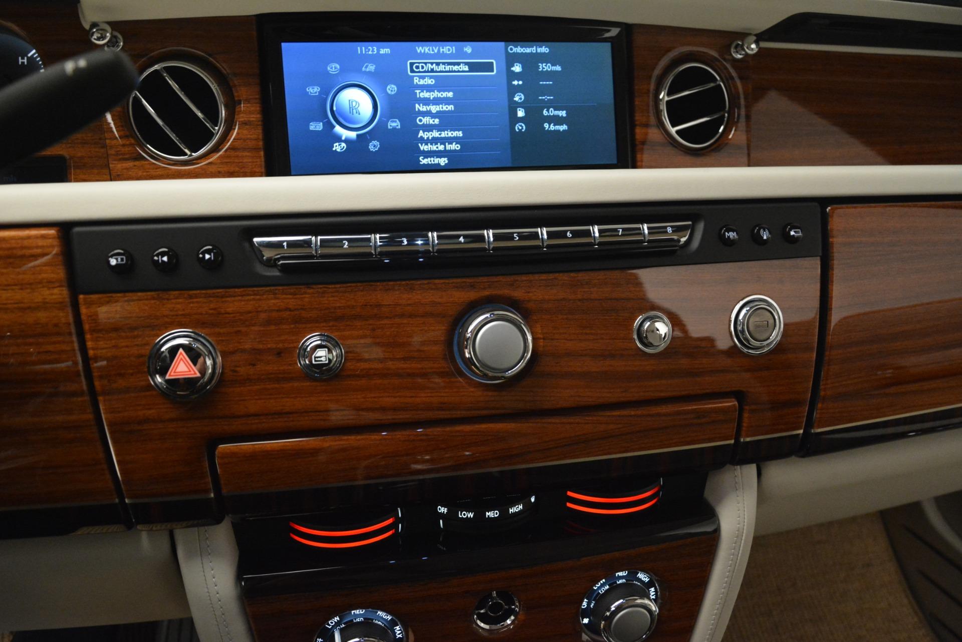 Used 2013 Rolls-Royce Phantom Drophead Coupe  For Sale In Westport, CT 2999_p55