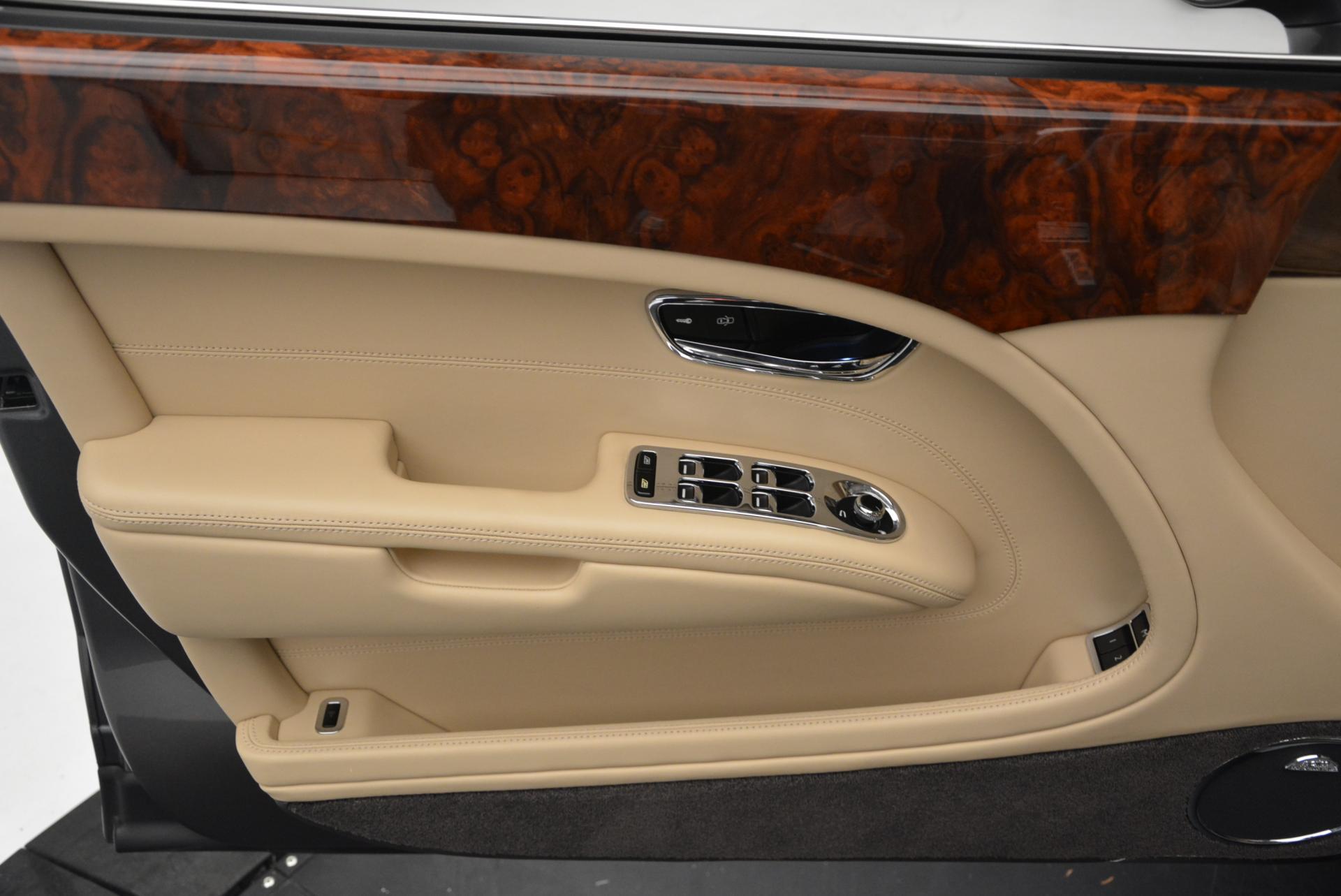 Used 2011 Bentley Mulsanne  For Sale In Westport, CT 30_p15