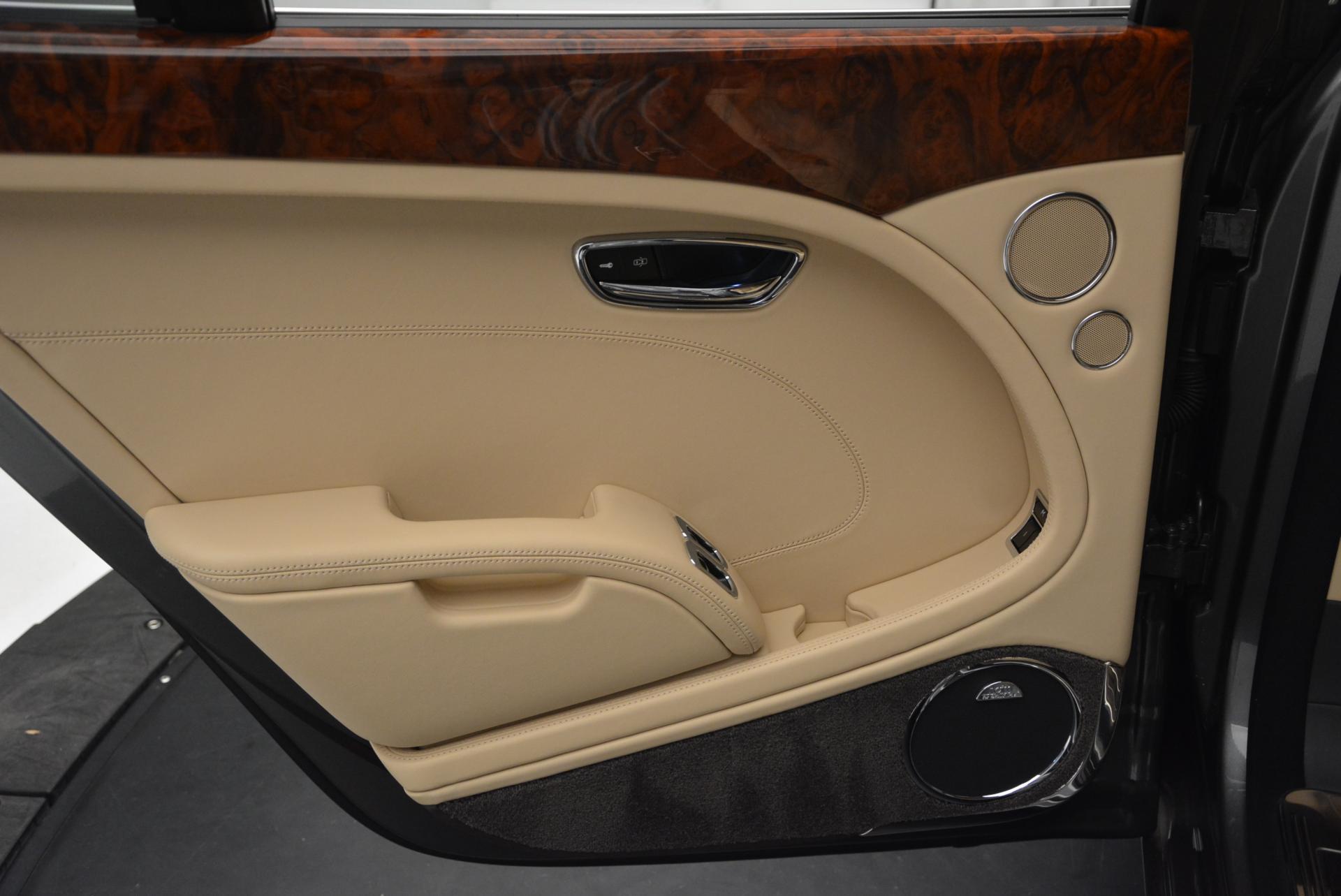 Used 2011 Bentley Mulsanne  For Sale In Westport, CT 30_p23