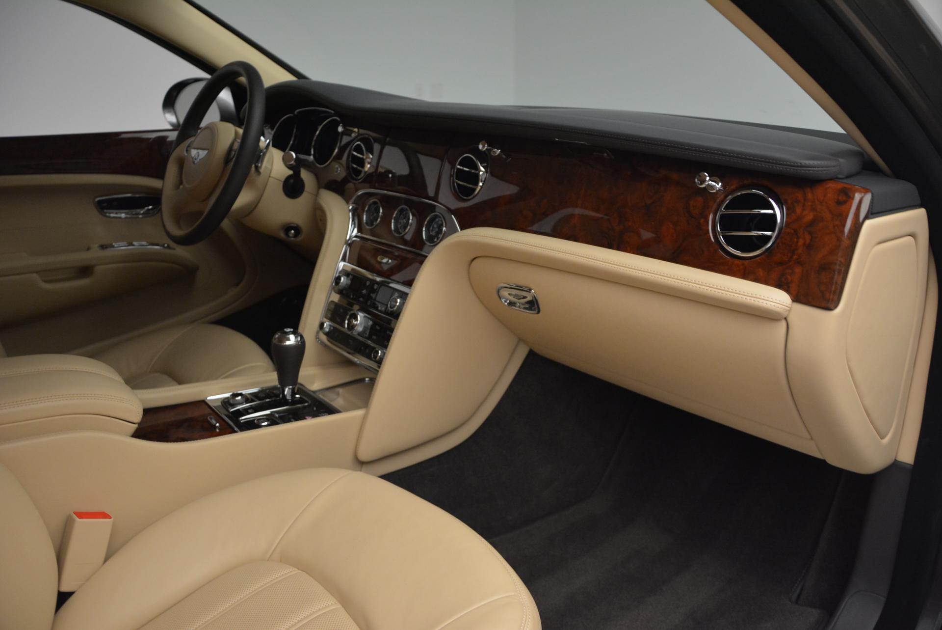 Used 2011 Bentley Mulsanne  For Sale In Westport, CT 30_p24