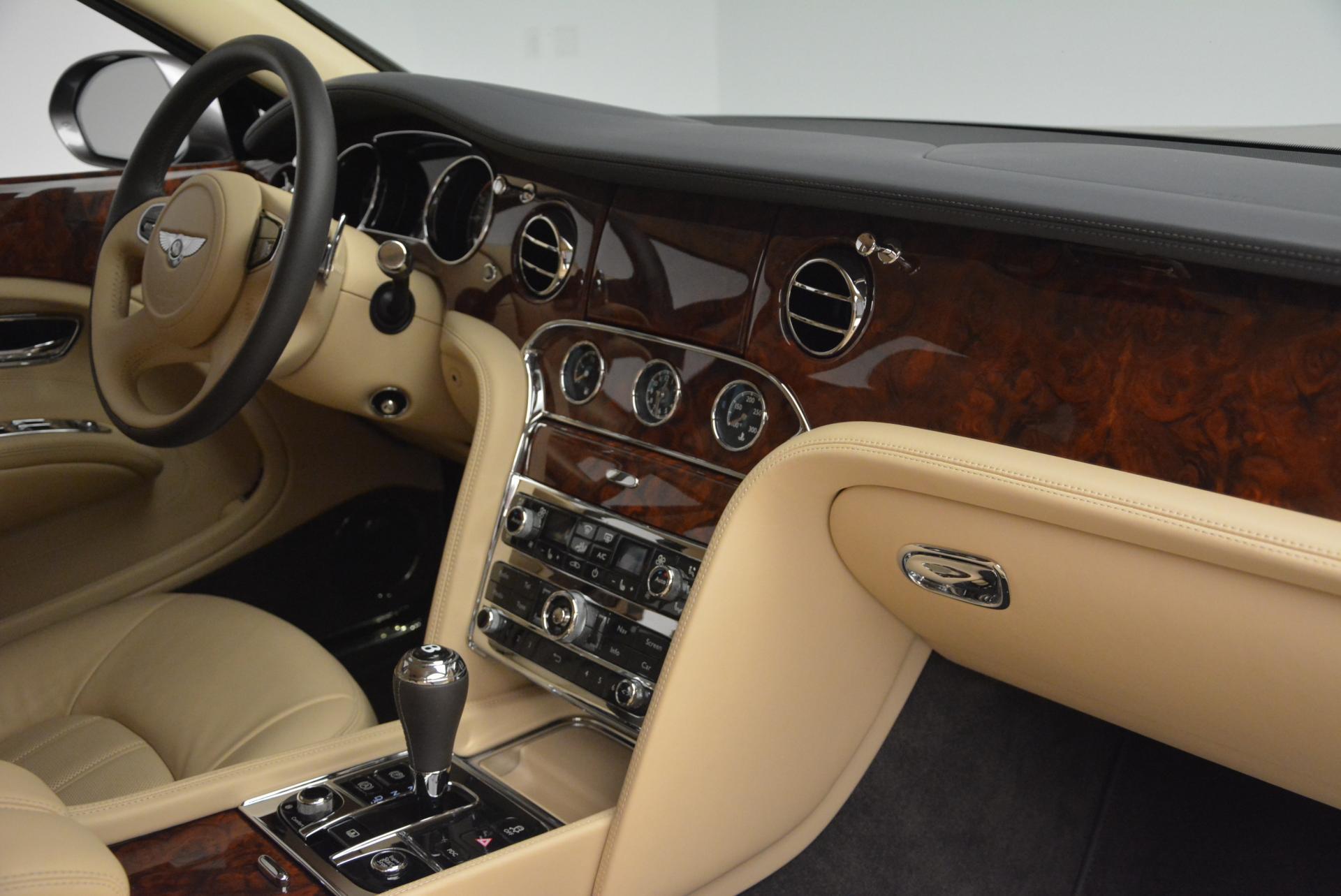 Used 2011 Bentley Mulsanne  For Sale In Westport, CT 30_p27
