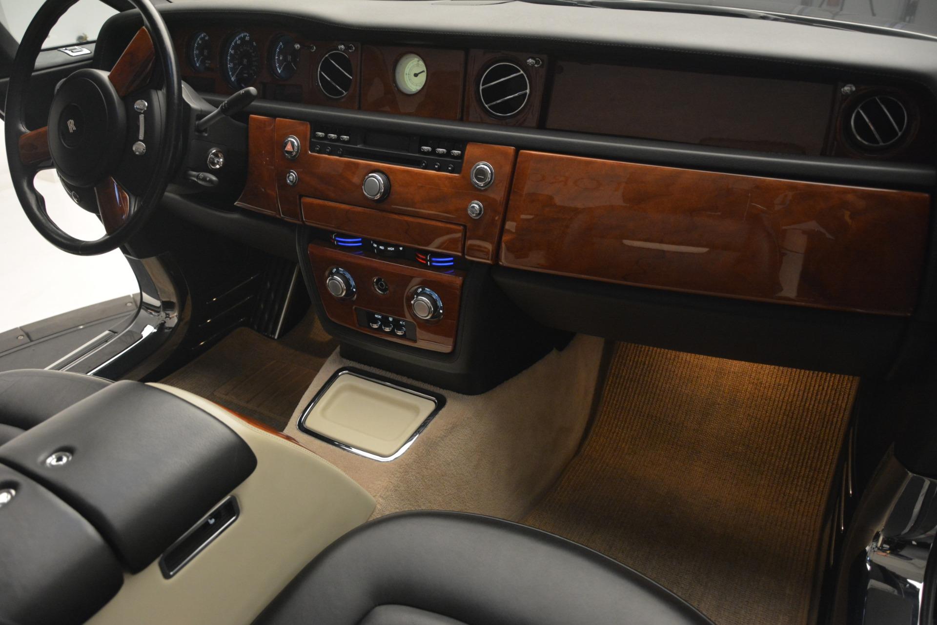 Used 2008 Rolls-Royce Phantom Drophead Coupe  For Sale In Westport, CT 3000_p27