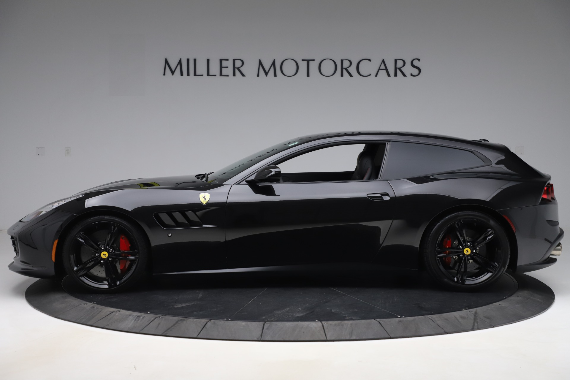 Used 2018 Ferrari GTC4Lusso  For Sale In Westport, CT 3005_p3
