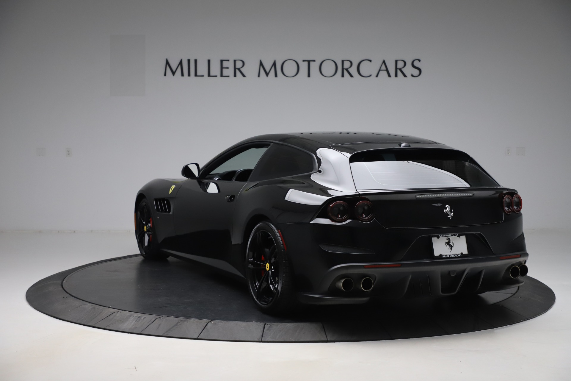 Used 2018 Ferrari GTC4Lusso  For Sale In Westport, CT 3005_p5