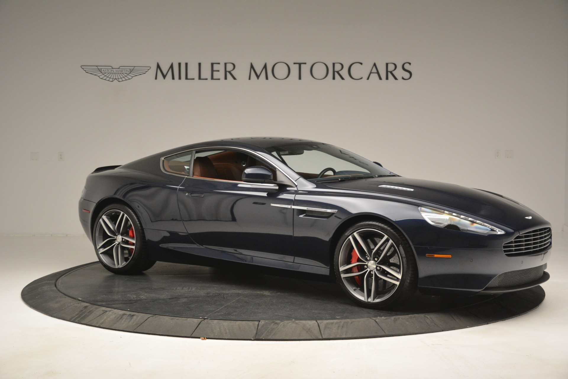 Used 2014 Aston Martin DB9 Coupe For Sale In Westport, CT 3010_p10