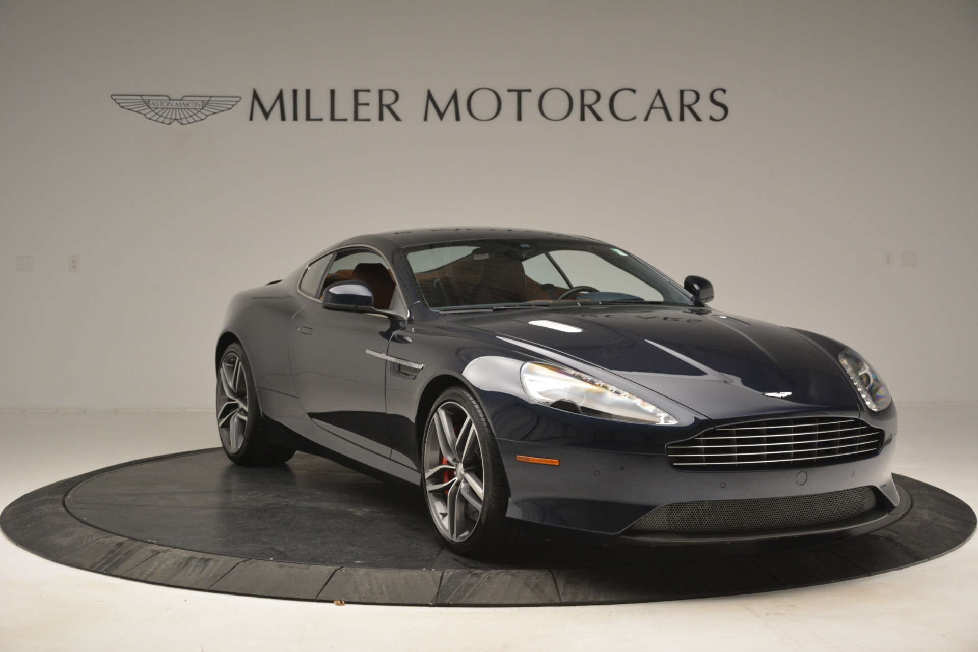 Used 2014 Aston Martin DB9 Coupe For Sale In Westport, CT 3010_p11