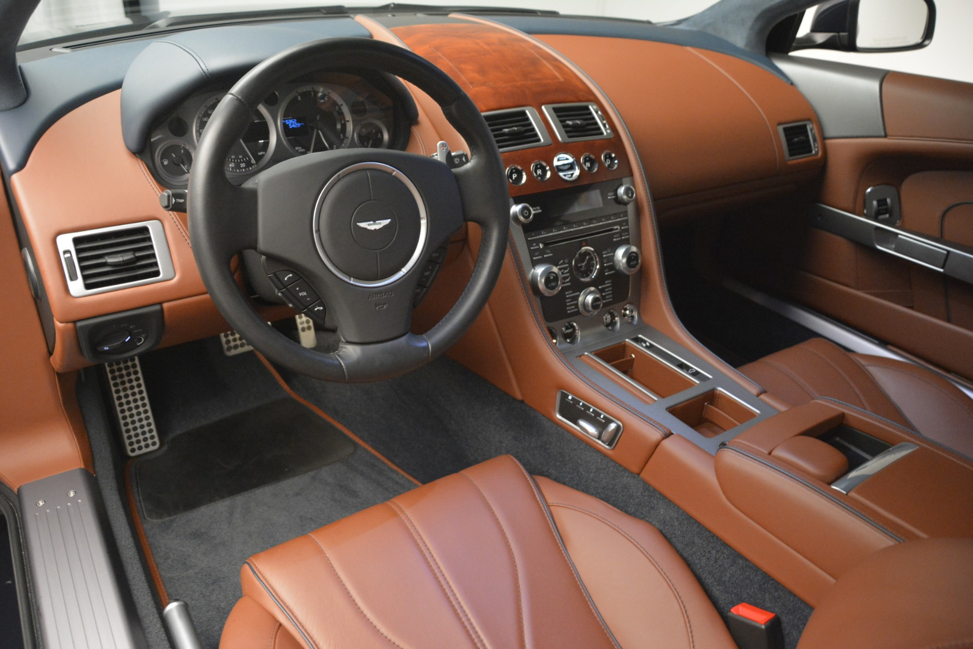 Used 2014 Aston Martin DB9  For Sale In Westport, CT 3010_p14