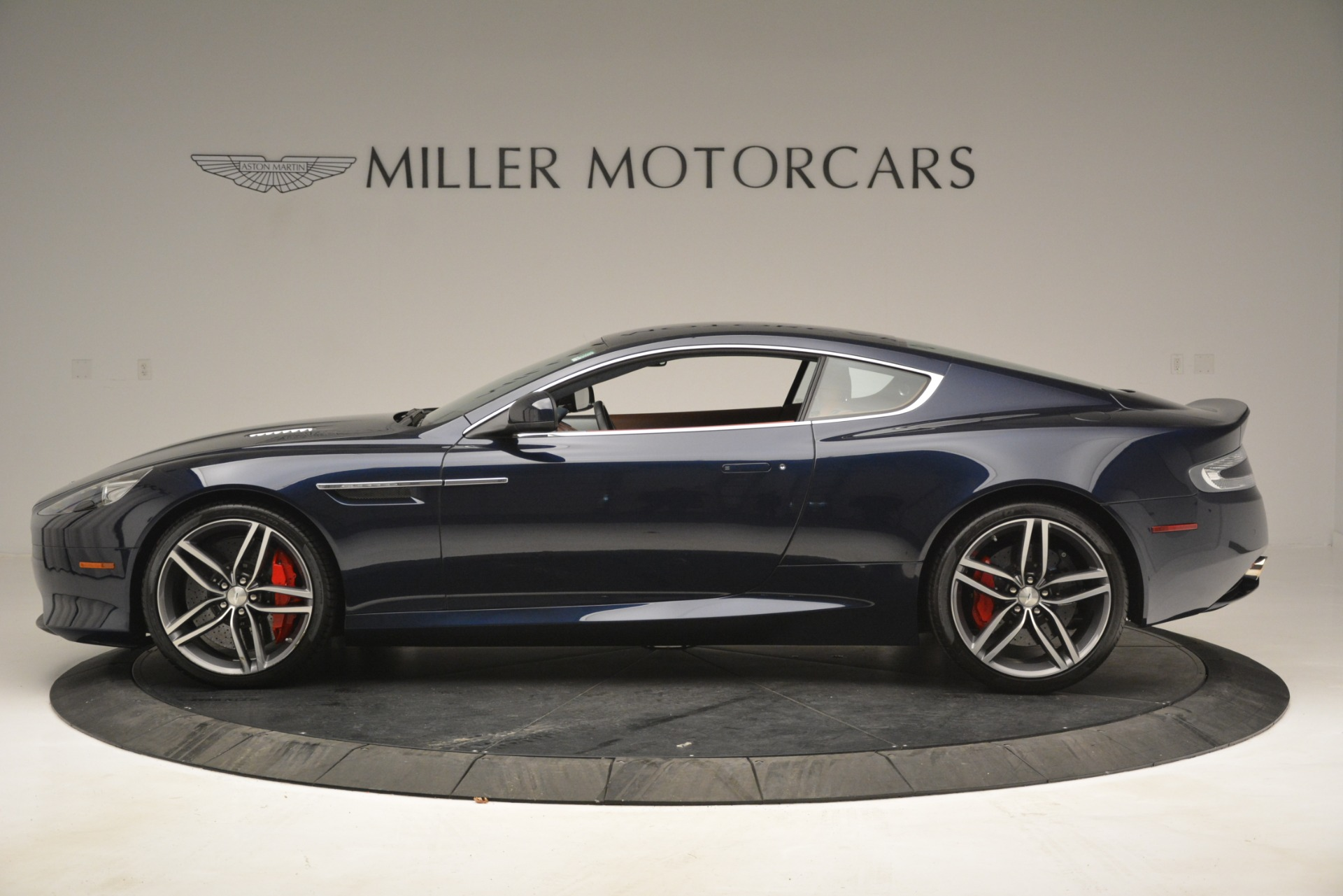 Used 2014 Aston Martin DB9  For Sale In Westport, CT 3010_p3