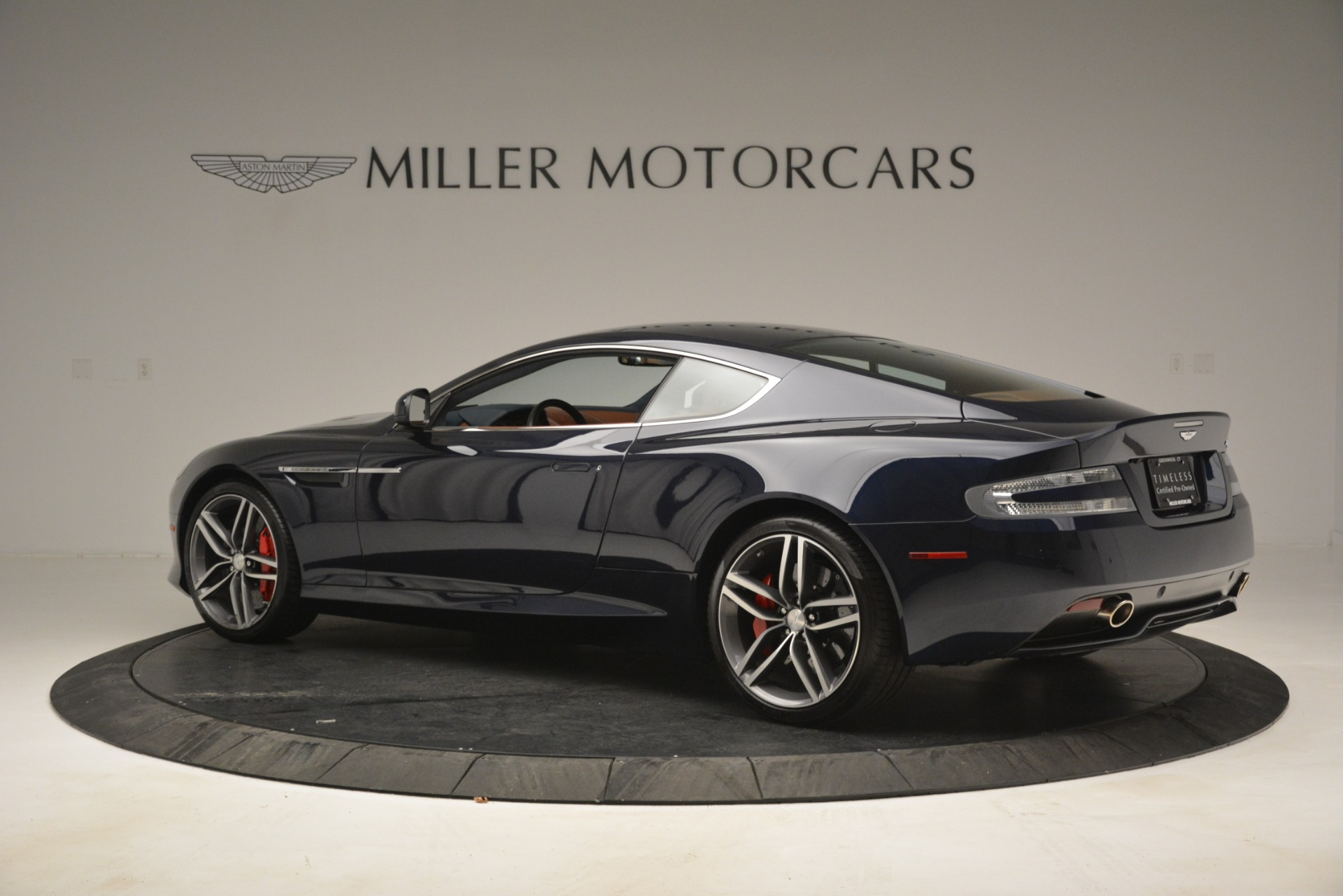 Used 2014 Aston Martin DB9  For Sale In Westport, CT 3010_p4
