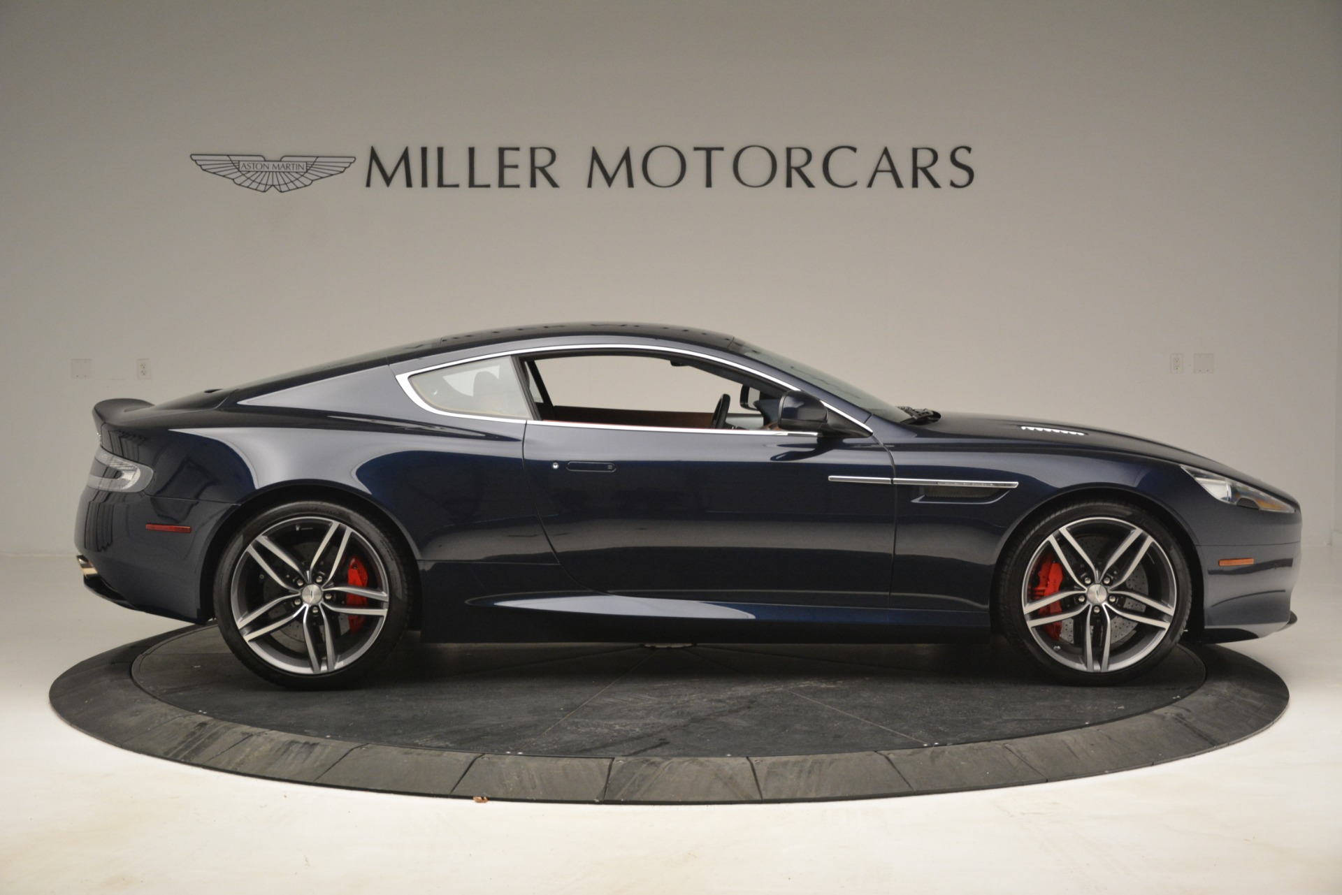 Used 2014 Aston Martin DB9  For Sale In Westport, CT 3010_p9