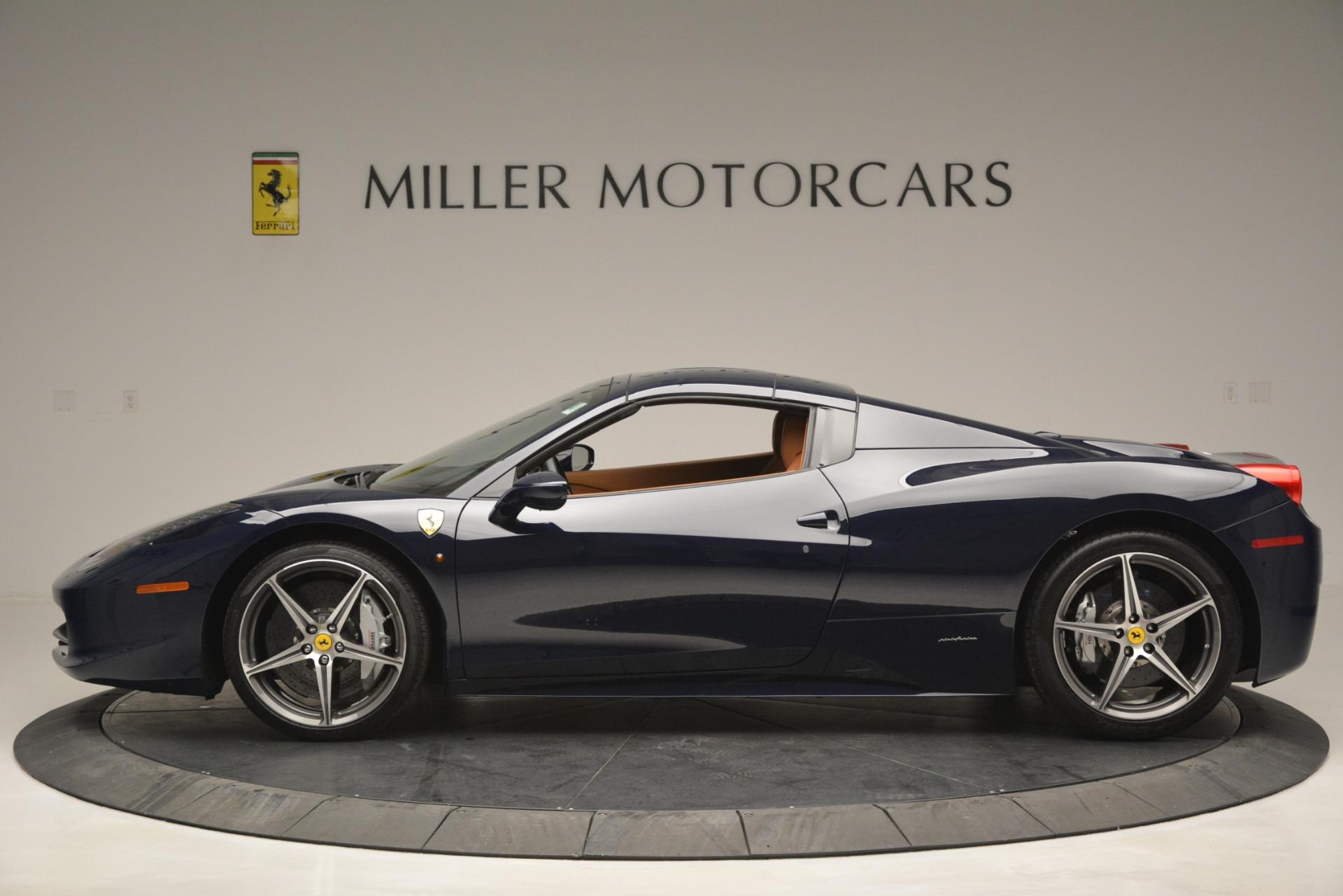 Used 2014 Ferrari 458 Spider  For Sale In Westport, CT 3013_p15