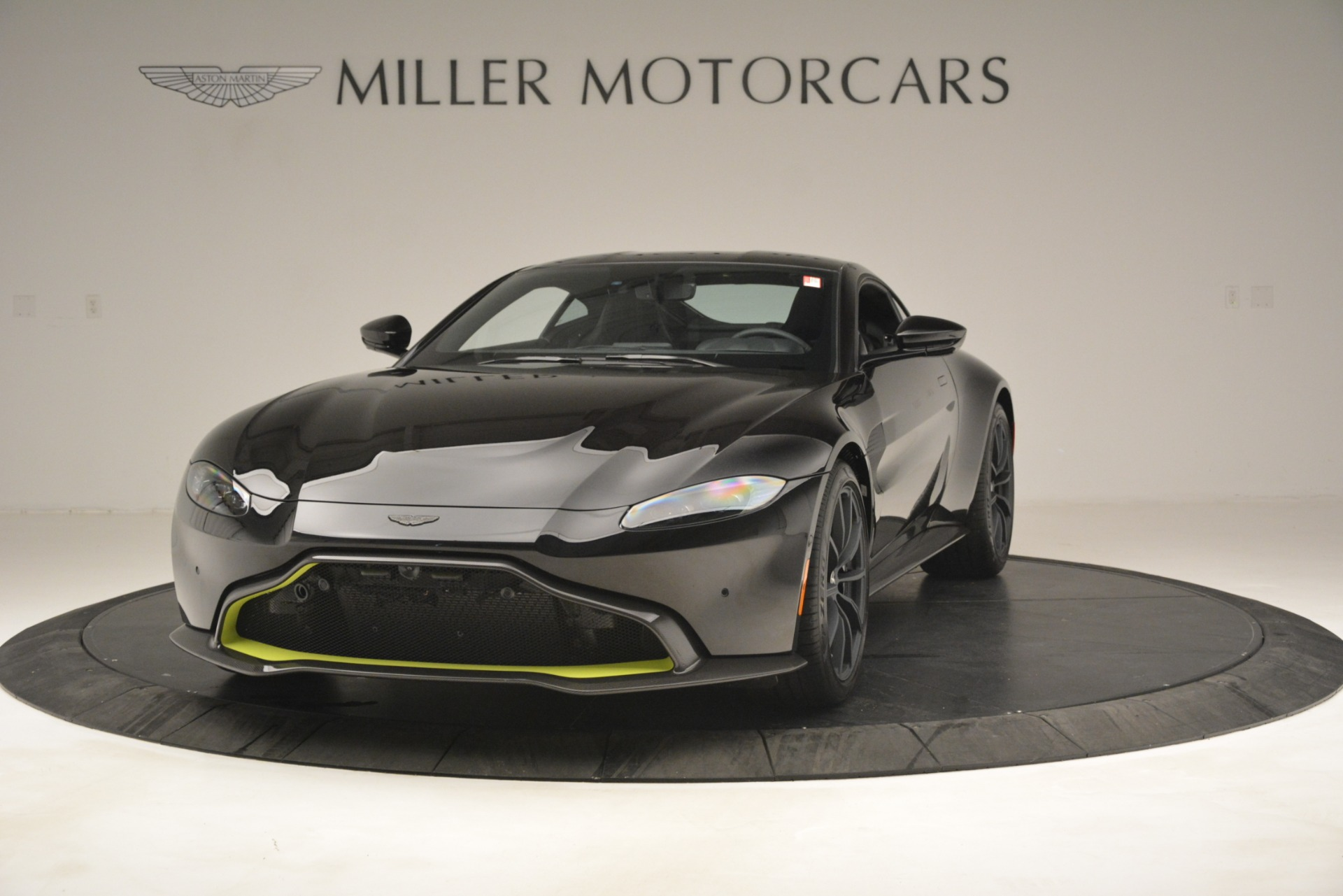 New 2019 Aston Martin Vantage Coupe For Sale In Westport, CT 3030_p3