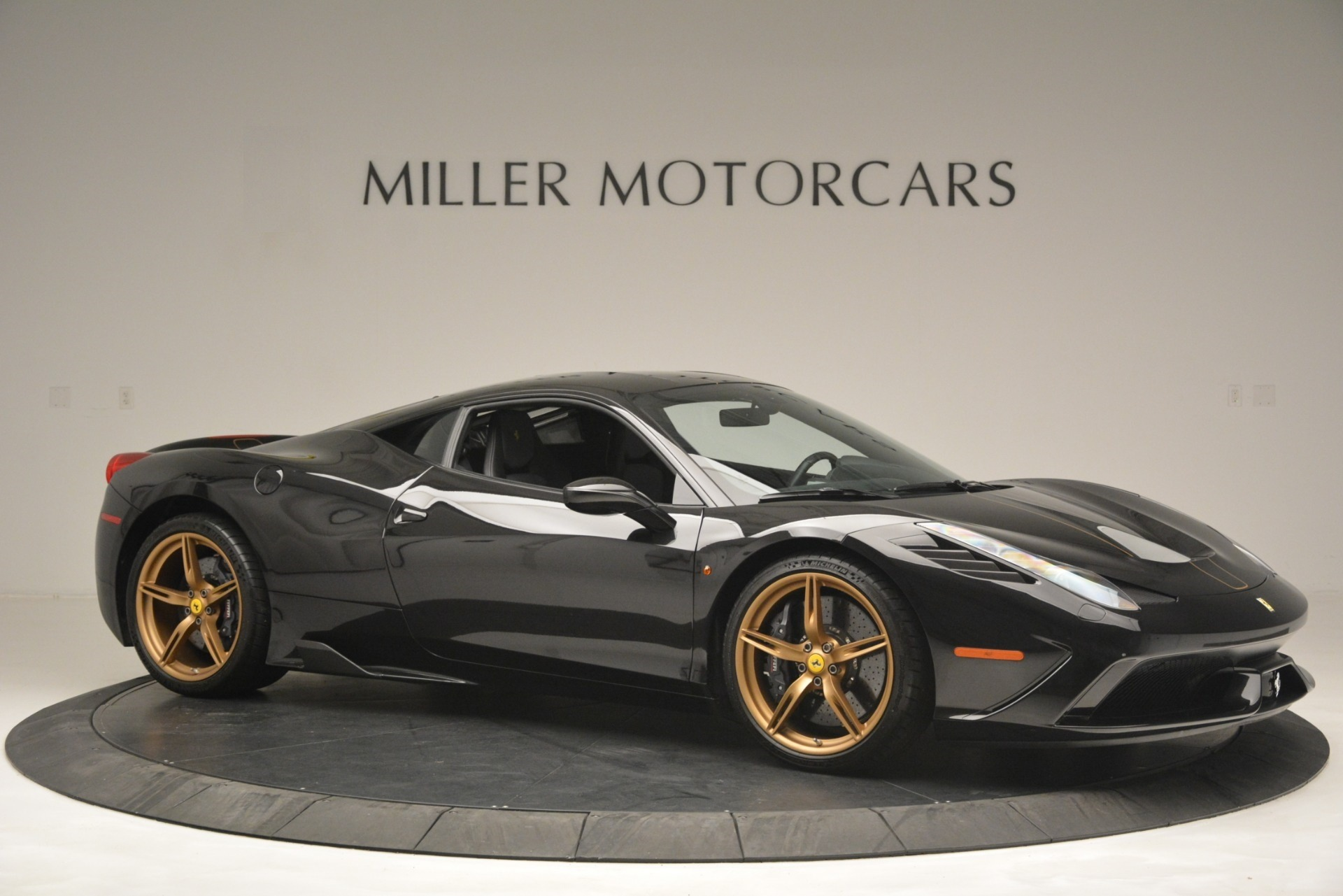 Used 2014 Ferrari 458 Speciale  For Sale In Westport, CT 3036_p10