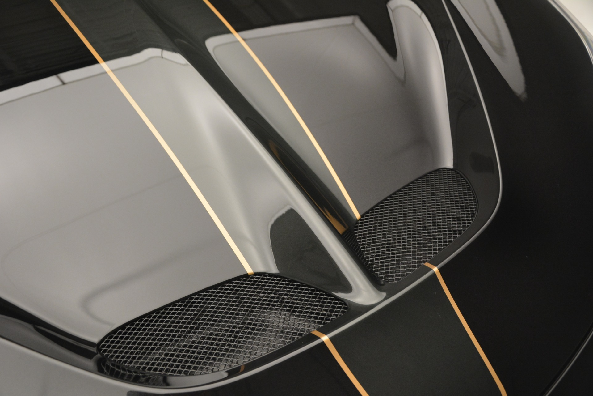 Used 2014 Ferrari 458 Speciale  For Sale In Westport, CT 3036_p14