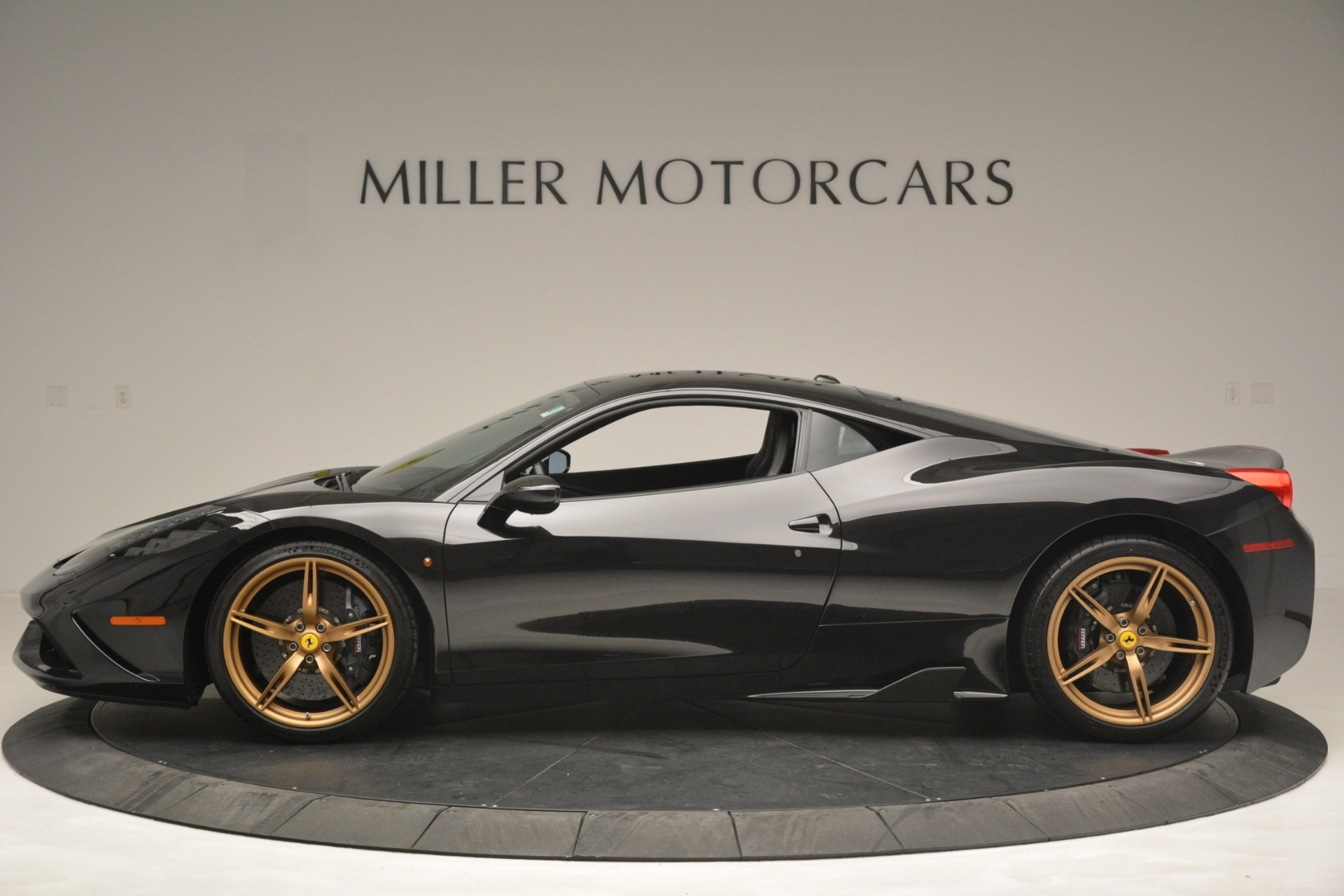 Used 2014 Ferrari 458 Speciale  For Sale In Westport, CT 3036_p3