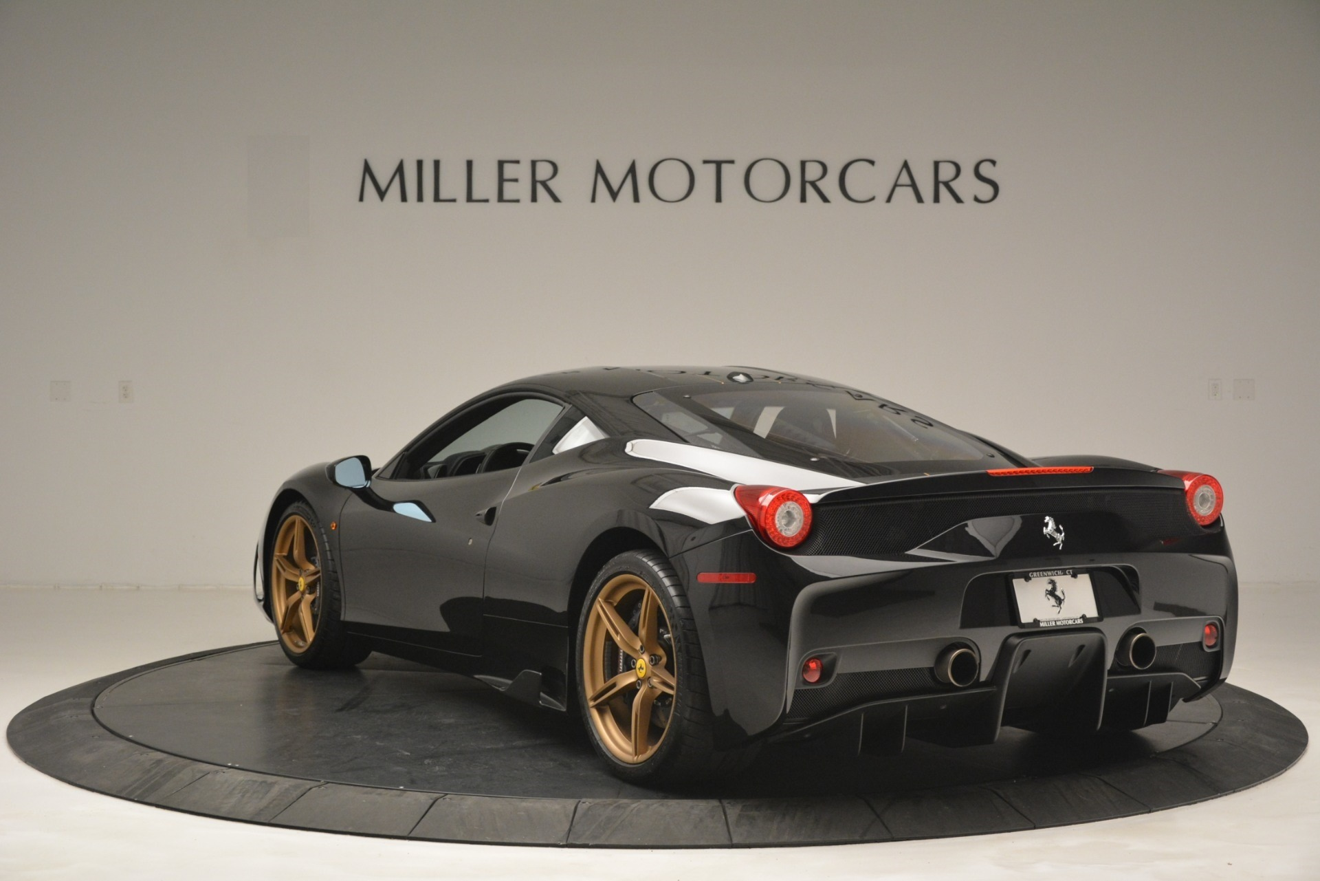 Used 2014 Ferrari 458 Speciale  For Sale In Westport, CT 3036_p5