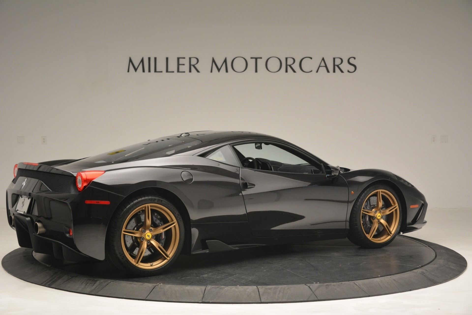 Used 2014 Ferrari 458 Speciale  For Sale In Westport, CT 3036_p8