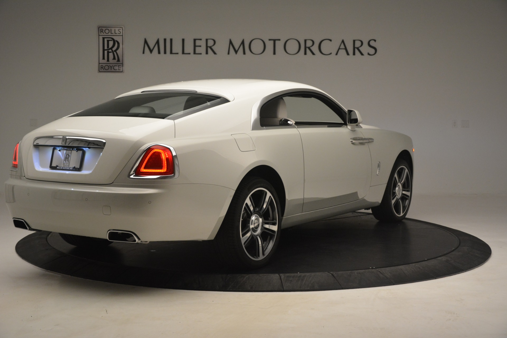Used 2016 Rolls-Royce Wraith  For Sale In Westport, CT 3043_p10