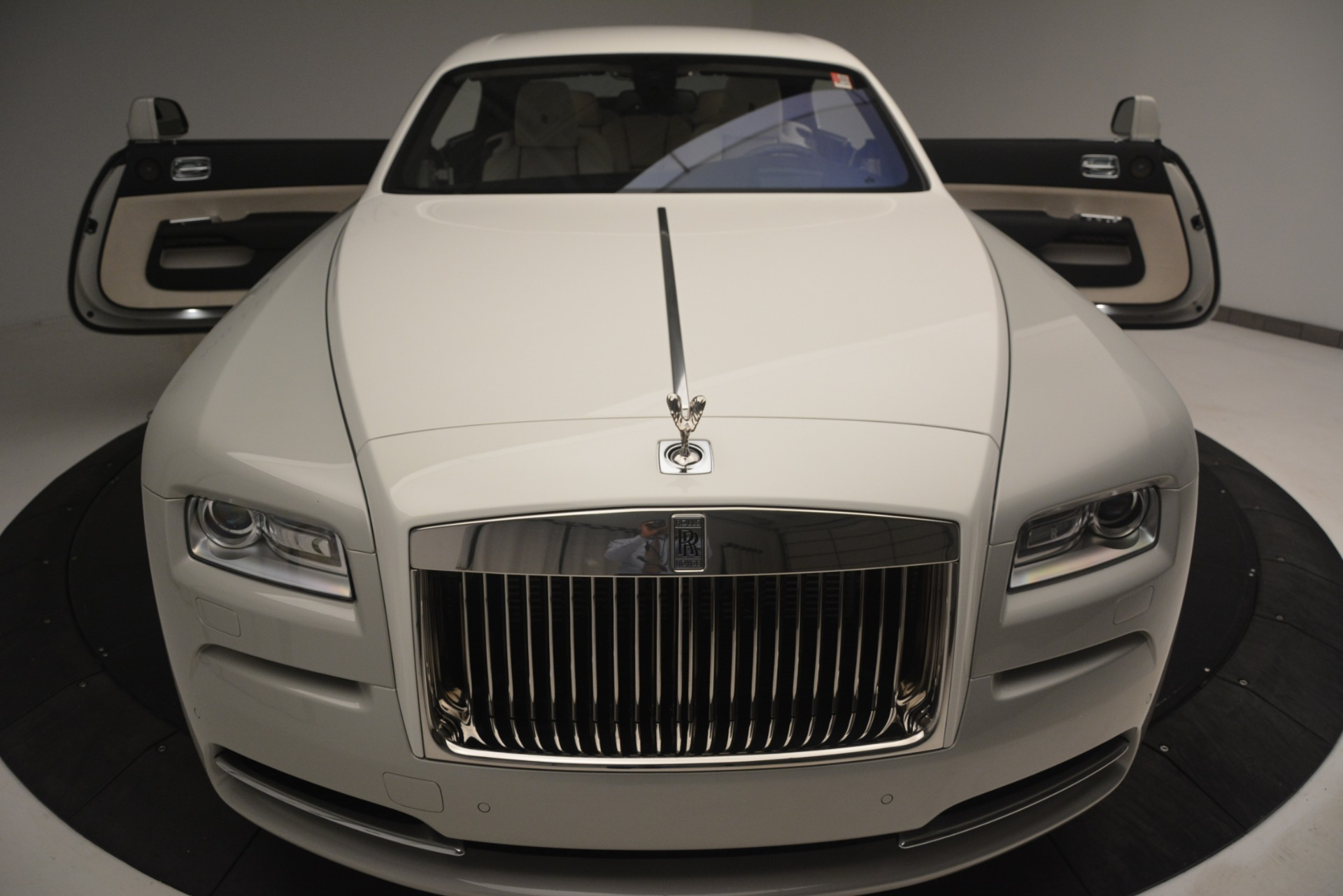 Used 2016 Rolls-Royce Wraith  For Sale In Westport, CT 3043_p35