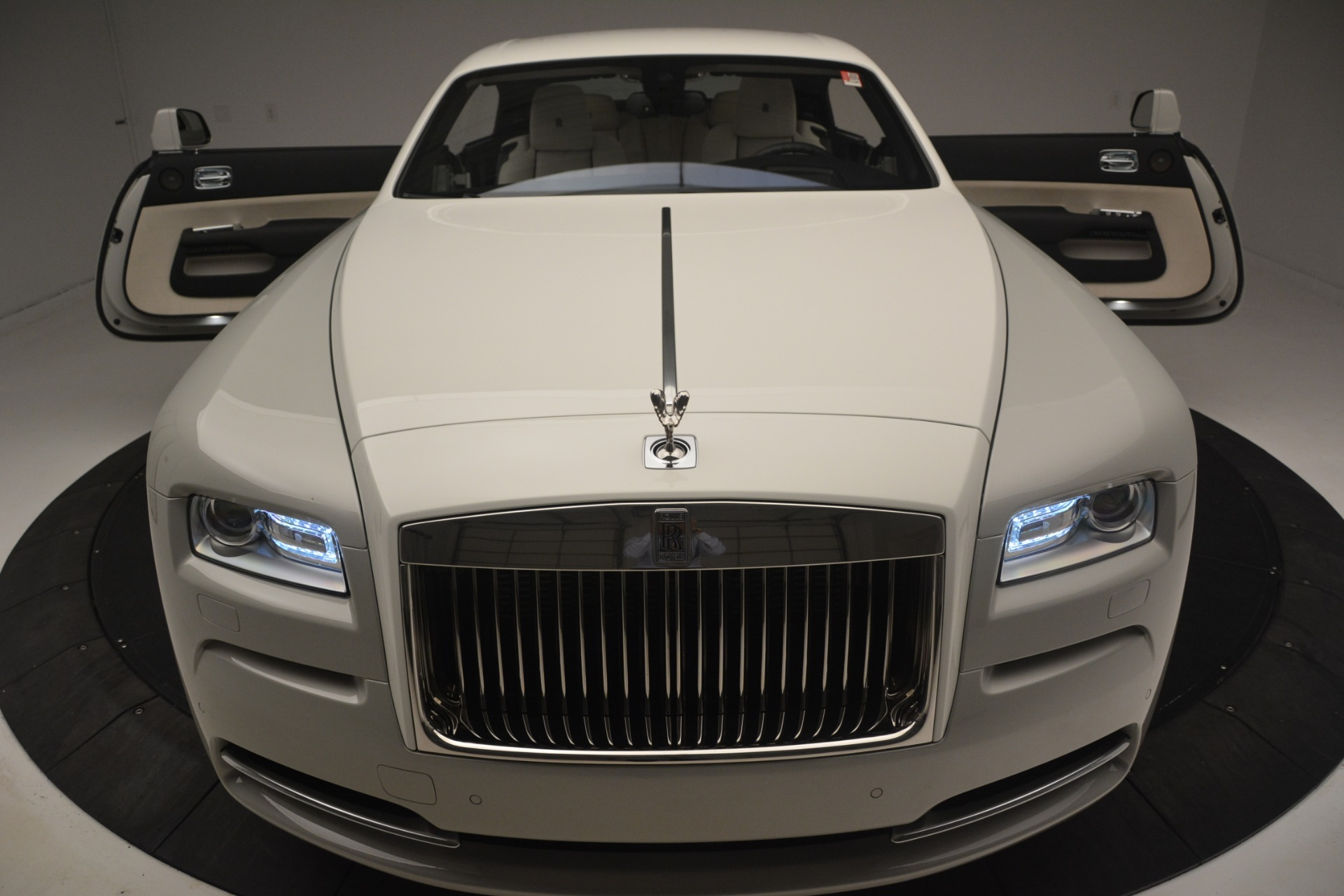 Used 2016 Rolls-Royce Wraith  For Sale In Westport, CT 3043_p39
