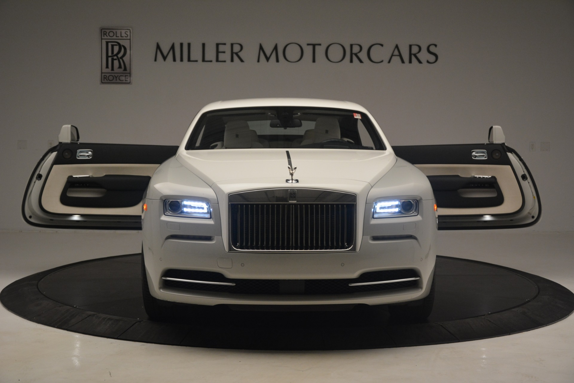 Used 2016 Rolls-Royce Wraith  For Sale In Westport, CT 3043_p40