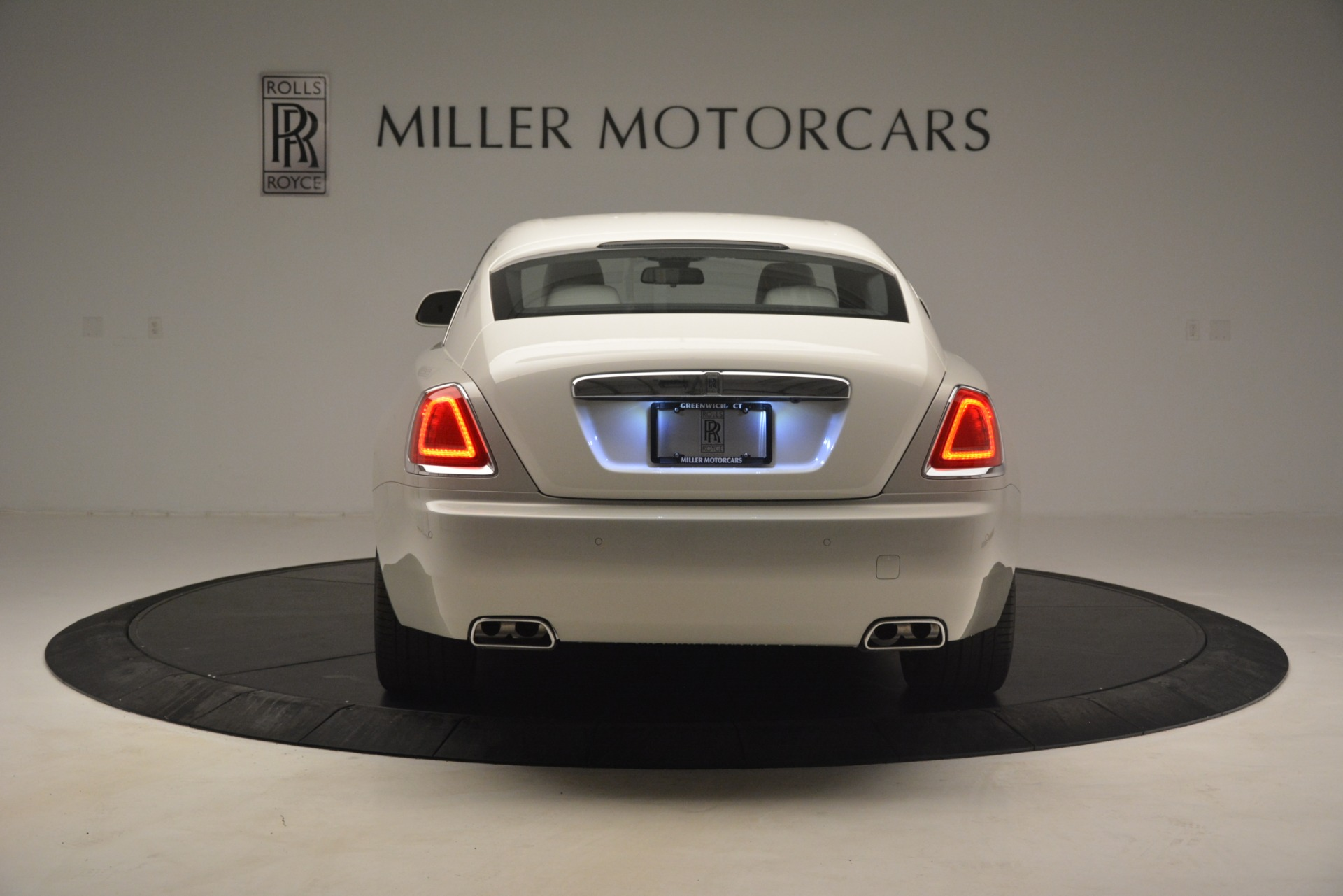 Used 2016 Rolls-Royce Wraith  For Sale In Westport, CT 3043_p8