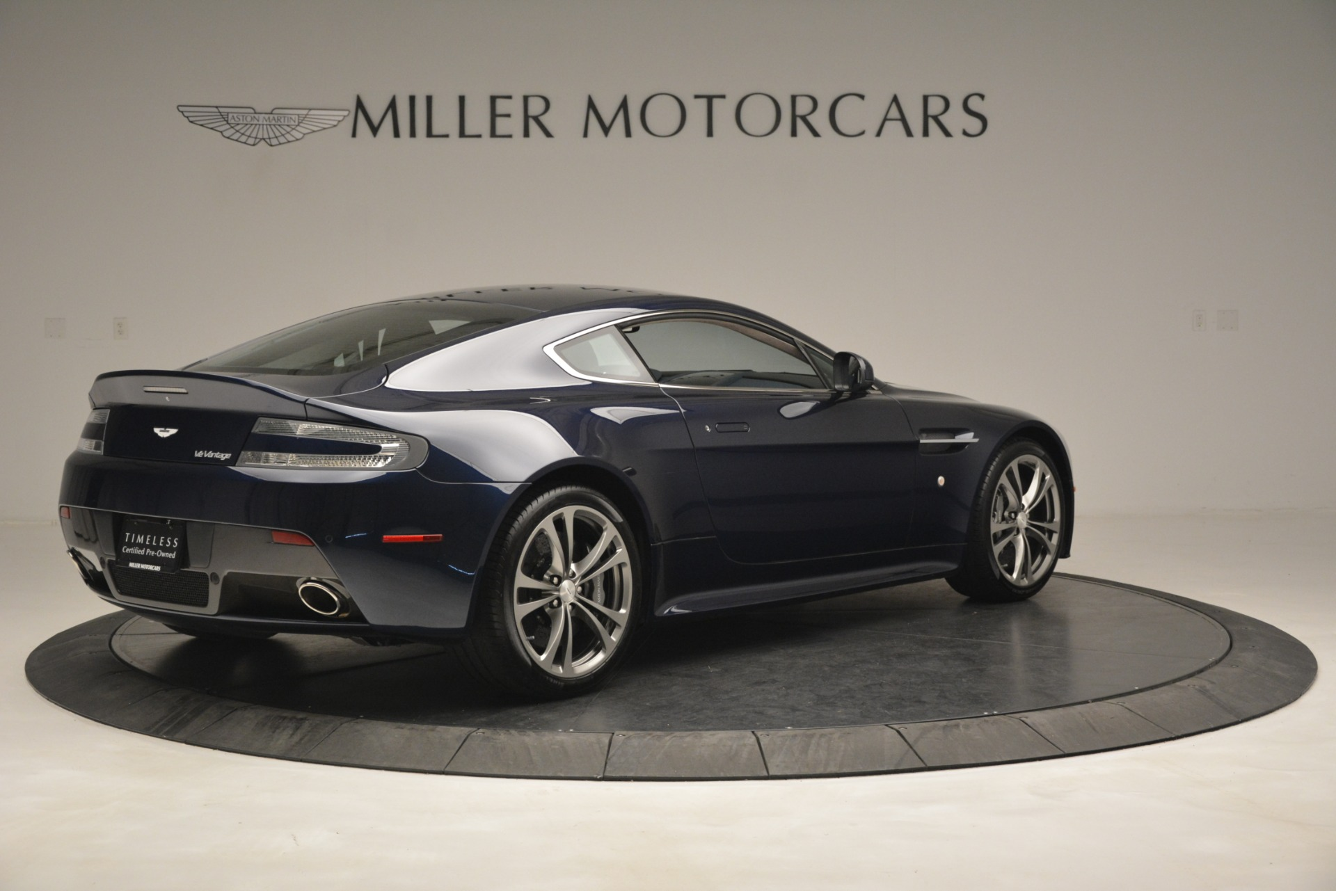 Used 2012 Aston Martin V12 Vantage  For Sale In Westport, CT 3046_p8
