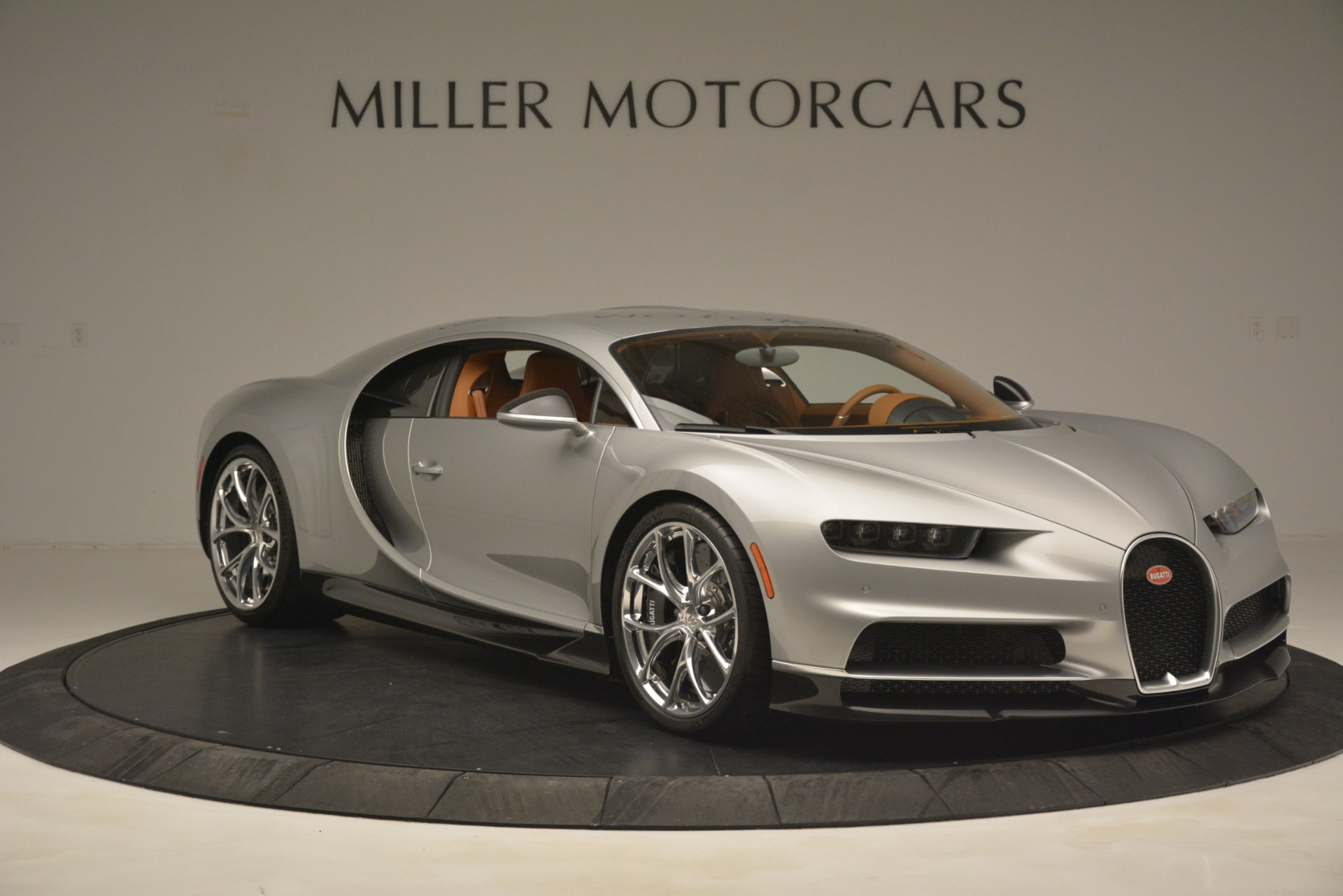 Used 2019 Bugatti Chiron  For Sale In Westport, CT 3048_p10