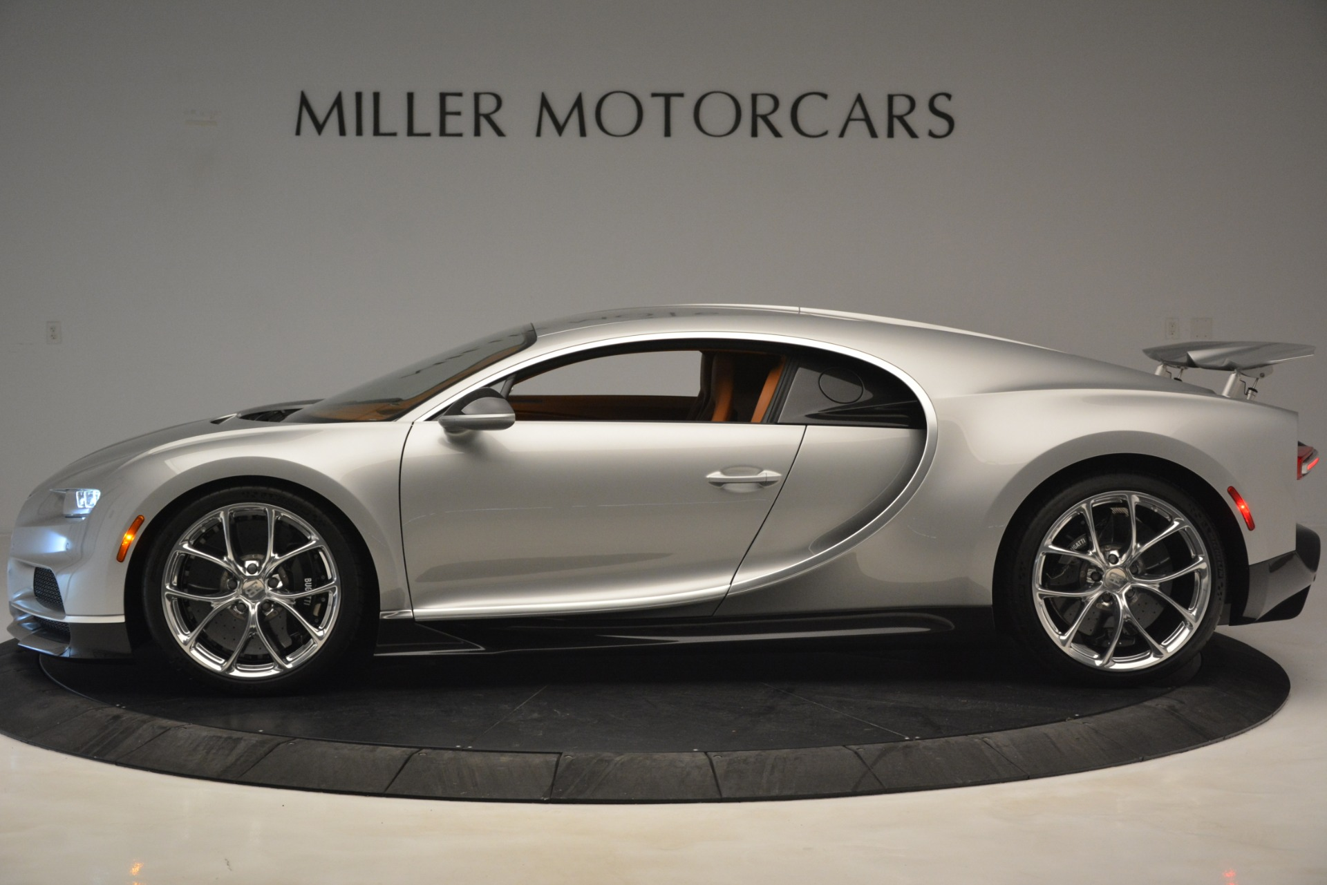 Used 2019 Bugatti Chiron  For Sale In Westport, CT 3048_p14