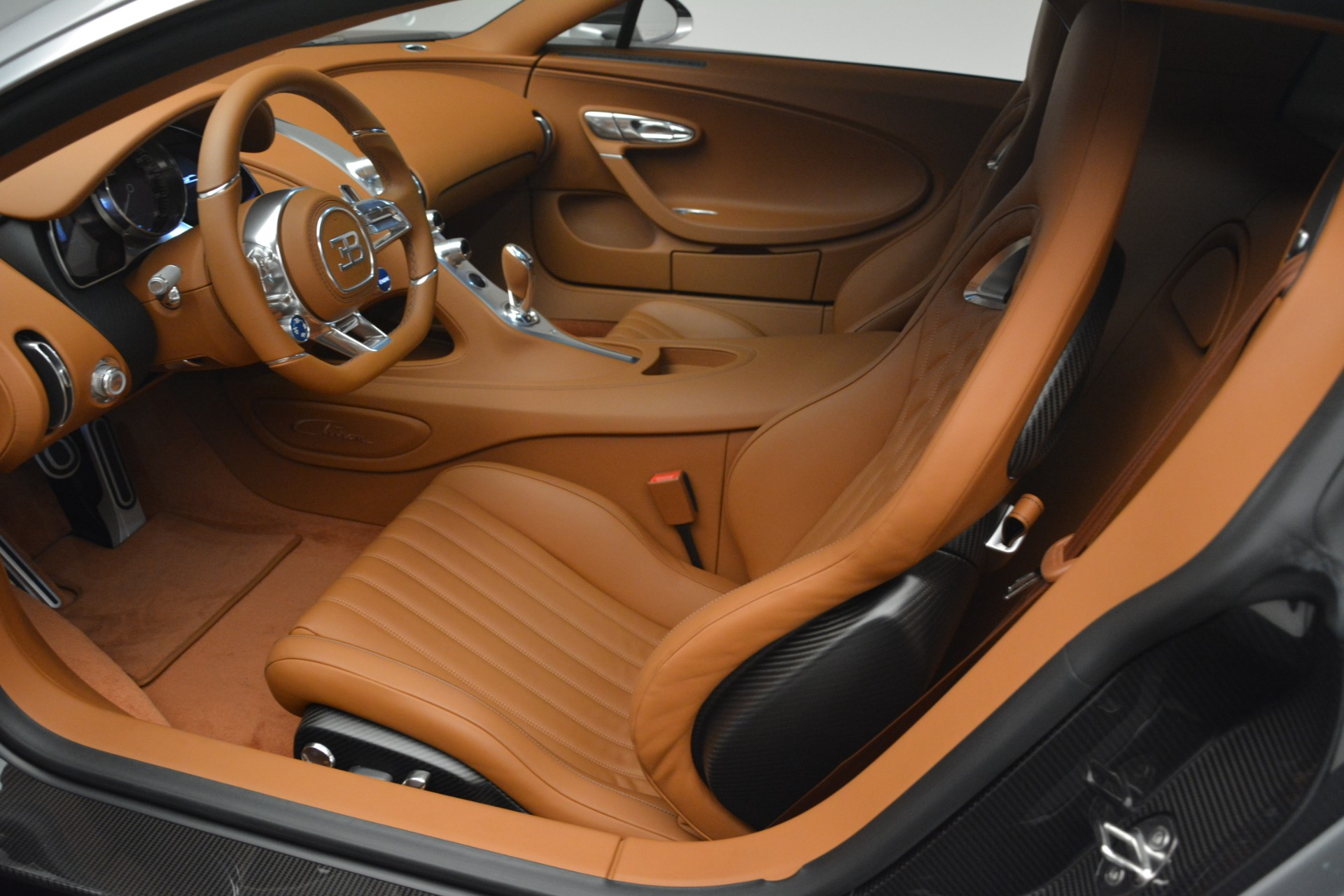 Used 2019 Bugatti Chiron  For Sale In Westport, CT 3048_p17