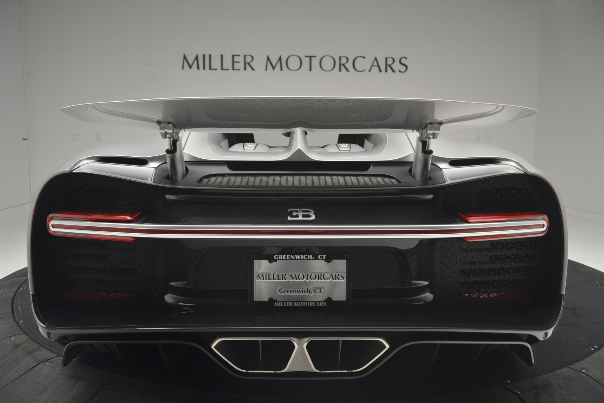 Used 2019 Bugatti Chiron  For Sale In Westport, CT 3048_p29