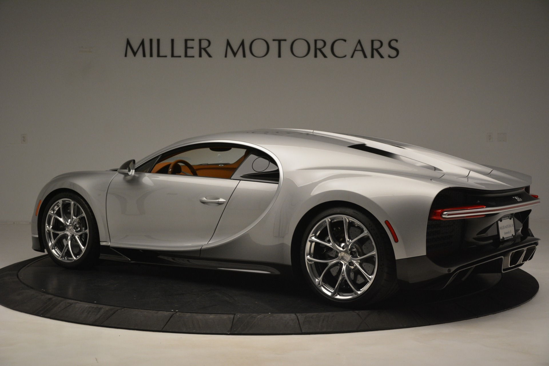 Used 2019 Bugatti Chiron  For Sale In Westport, CT 3048_p4