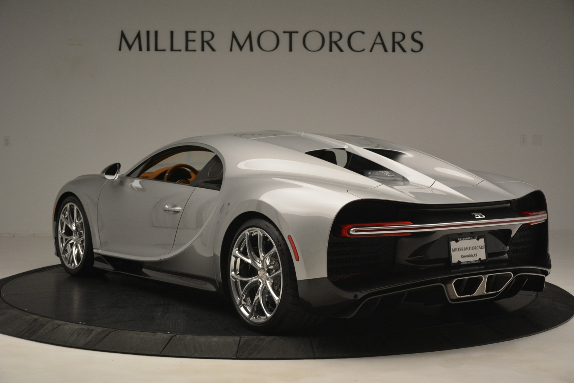 Used 2019 Bugatti Chiron  For Sale In Westport, CT 3048_p5