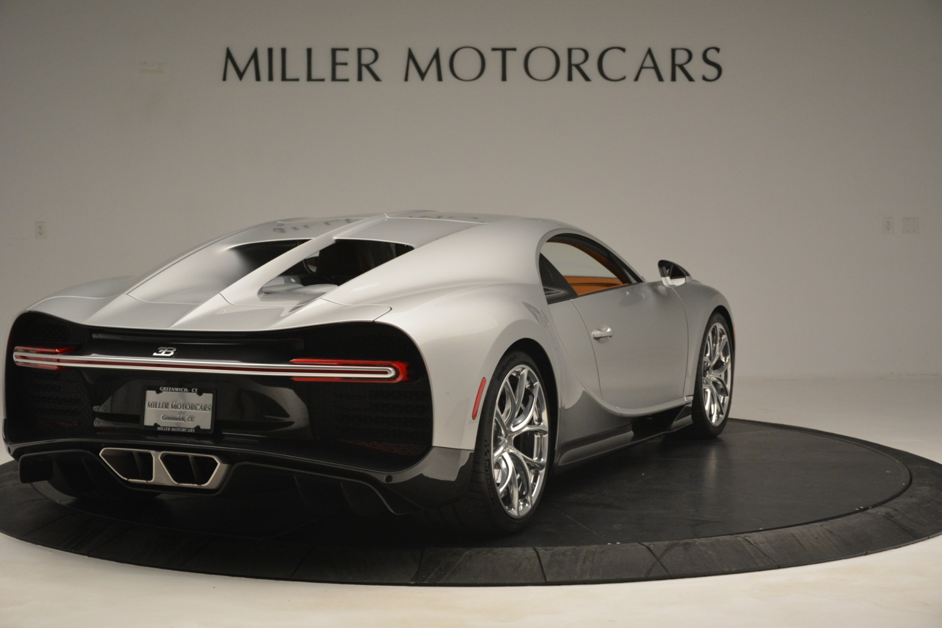 Used 2019 Bugatti Chiron  For Sale In Westport, CT 3048_p7