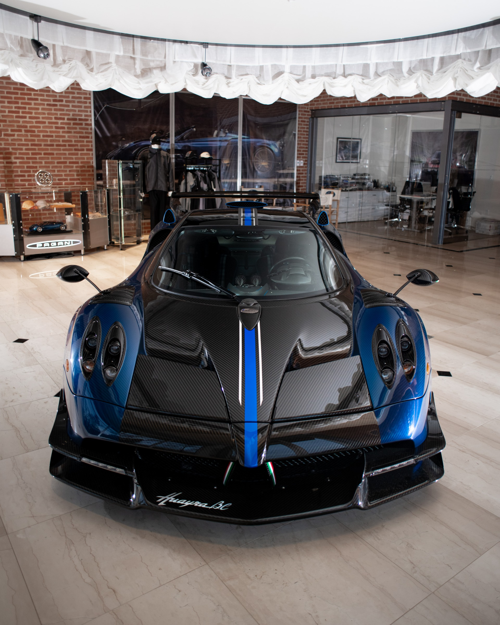 Used 2017 Pagani Huayra BC Macchina Volante For Sale In Westport, CT 3051_p6