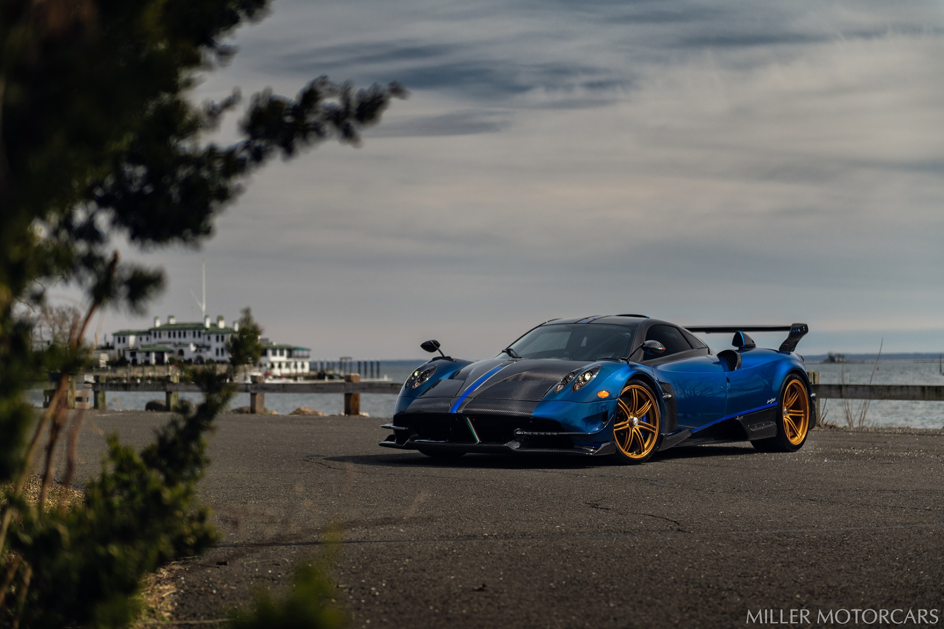 Used 2017 Pagani Huayra BC Macchina Volante For Sale In Westport, CT 3051_p8