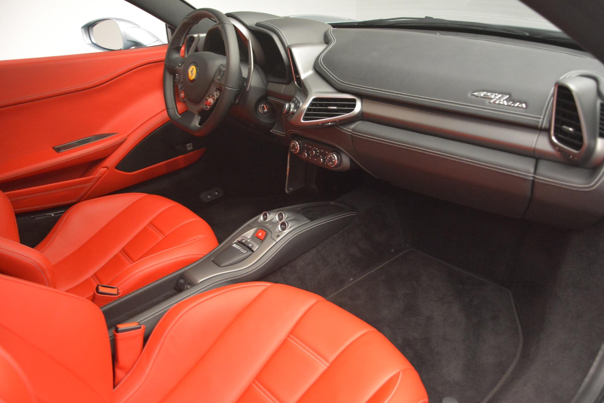 Used 2015 Ferrari 458 Italia  For Sale In Westport, CT 3052_p17