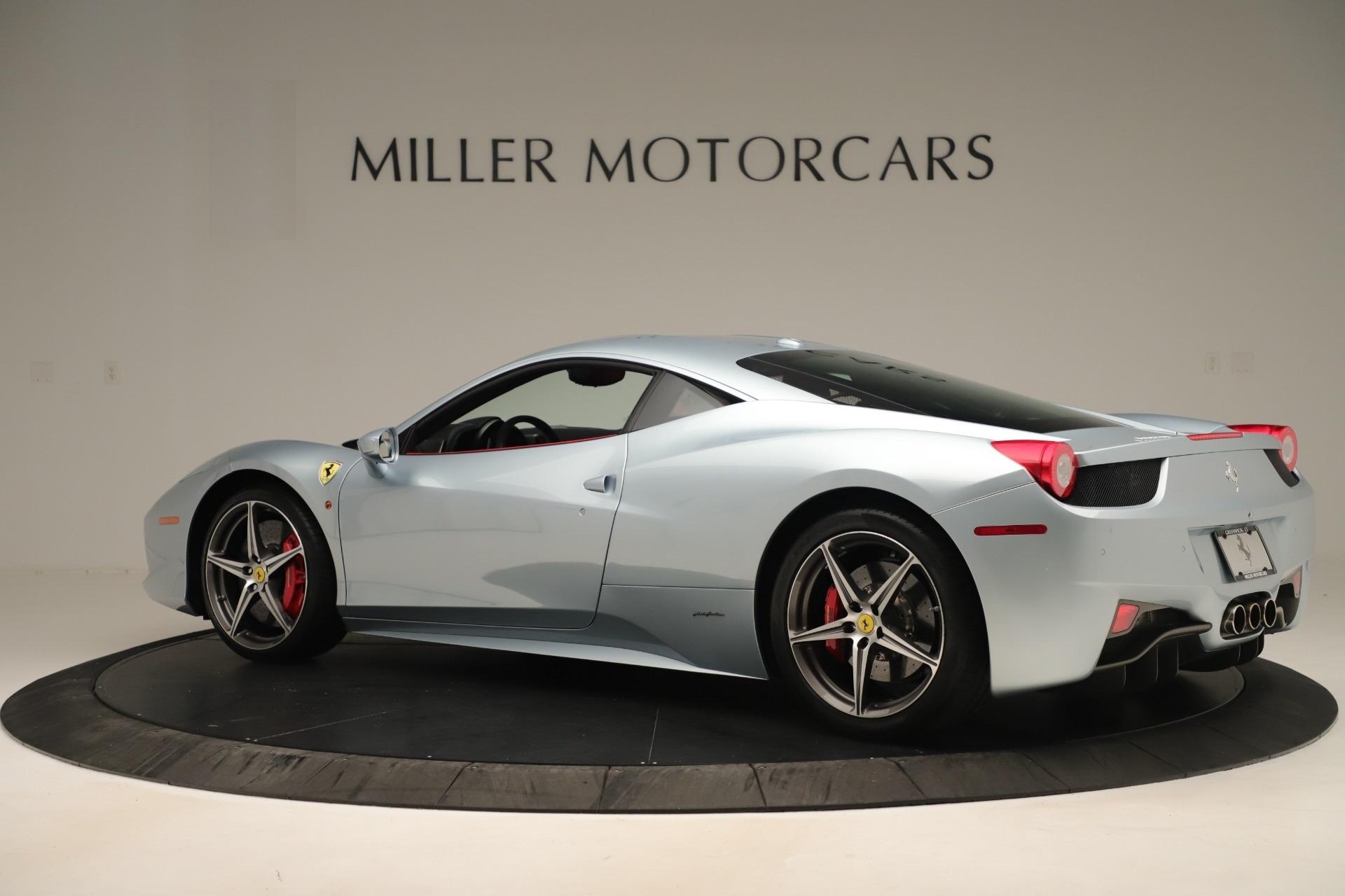 Used 2015 Ferrari 458 Italia  For Sale In Westport, CT 3052_p4
