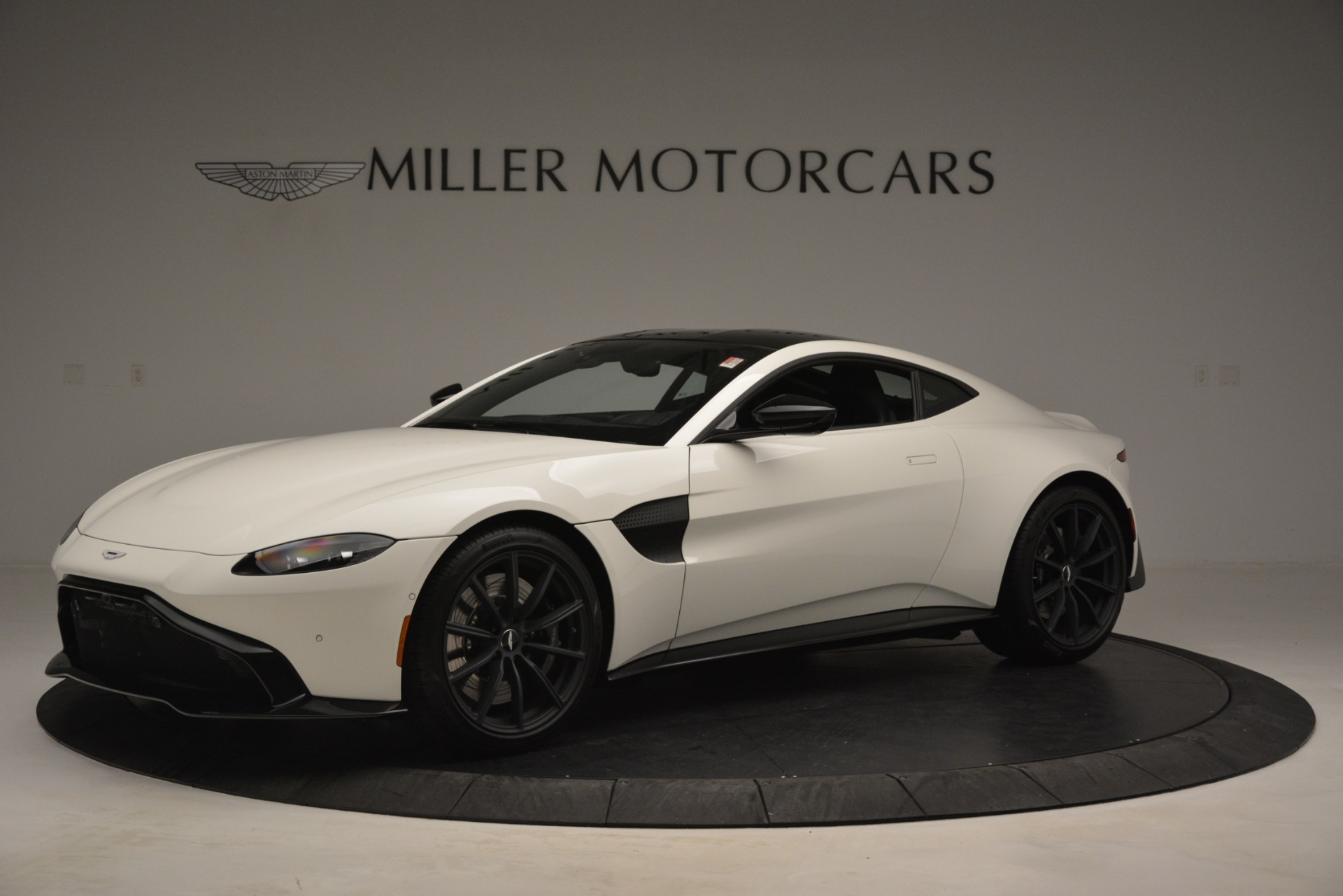New 2019 Aston Martin Vantage V8 For Sale In Westport, CT 3053_main