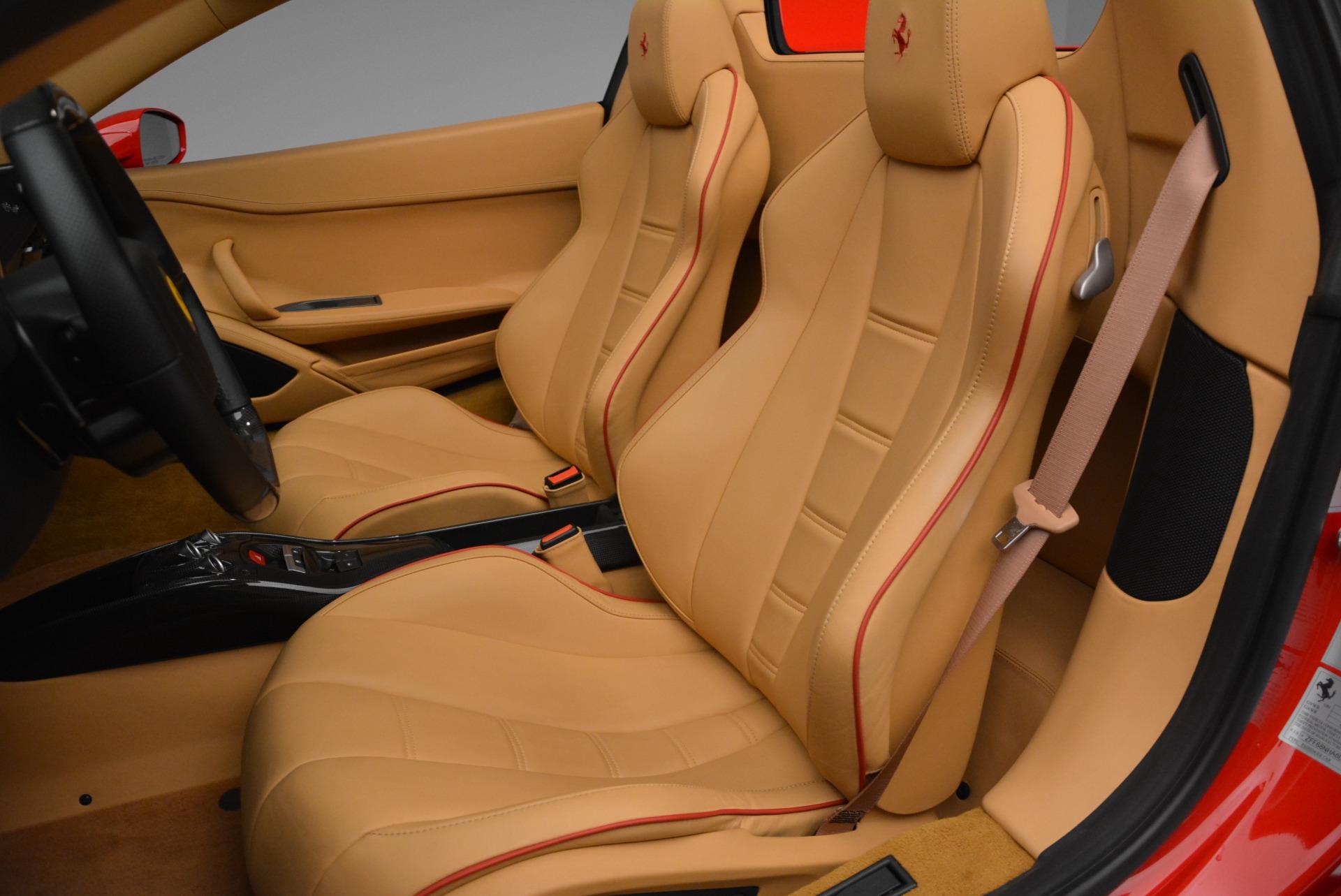 Used 2013 Ferrari 458 Spider  For Sale In Westport, CT 3057_p31