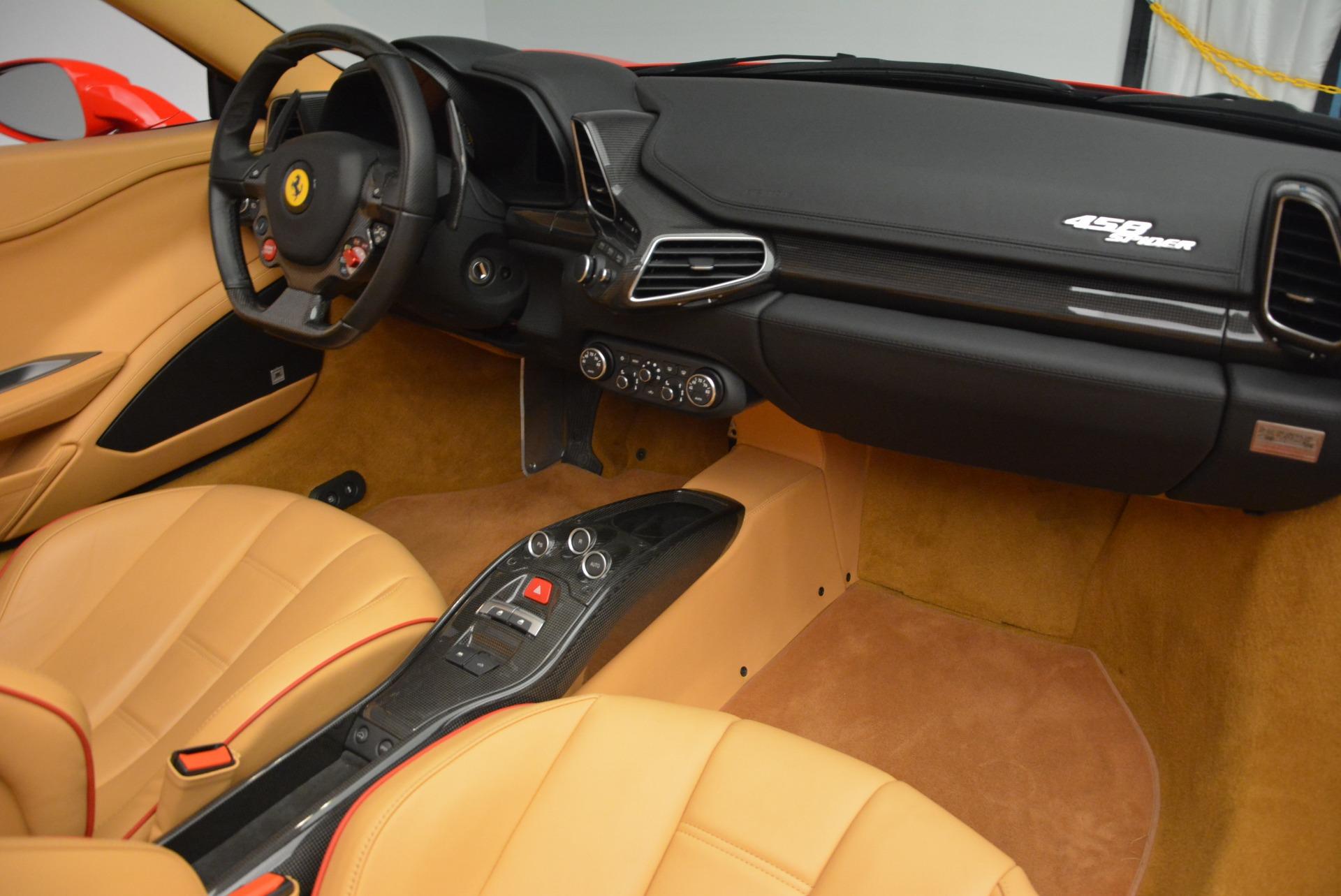 Used 2013 Ferrari 458 Spider  For Sale In Westport, CT 3057_p33
