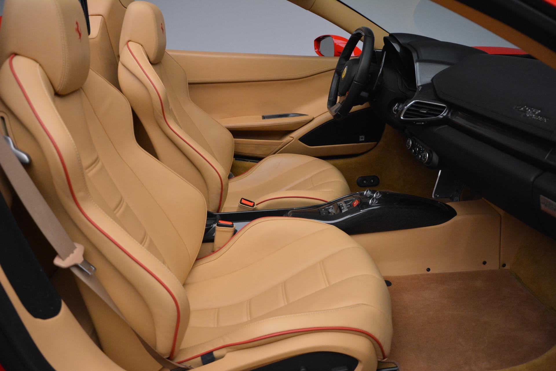 Used 2013 Ferrari 458 Spider  For Sale In Westport, CT 3057_p34