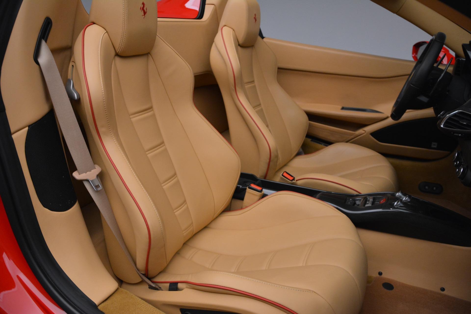 Used 2013 Ferrari 458 Spider  For Sale In Westport, CT 3057_p35
