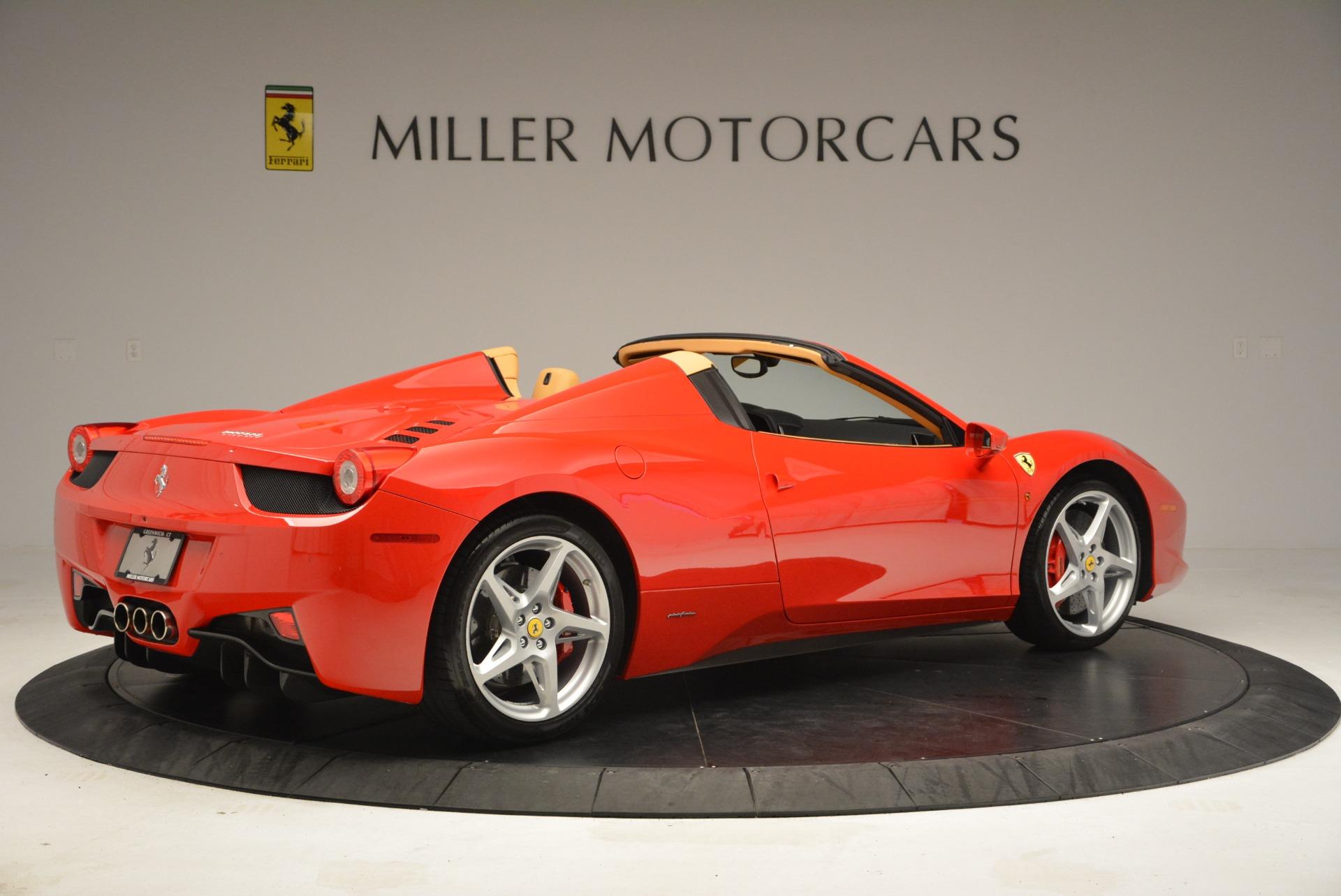Used 2013 Ferrari 458 Spider  For Sale In Westport, CT 3057_p8